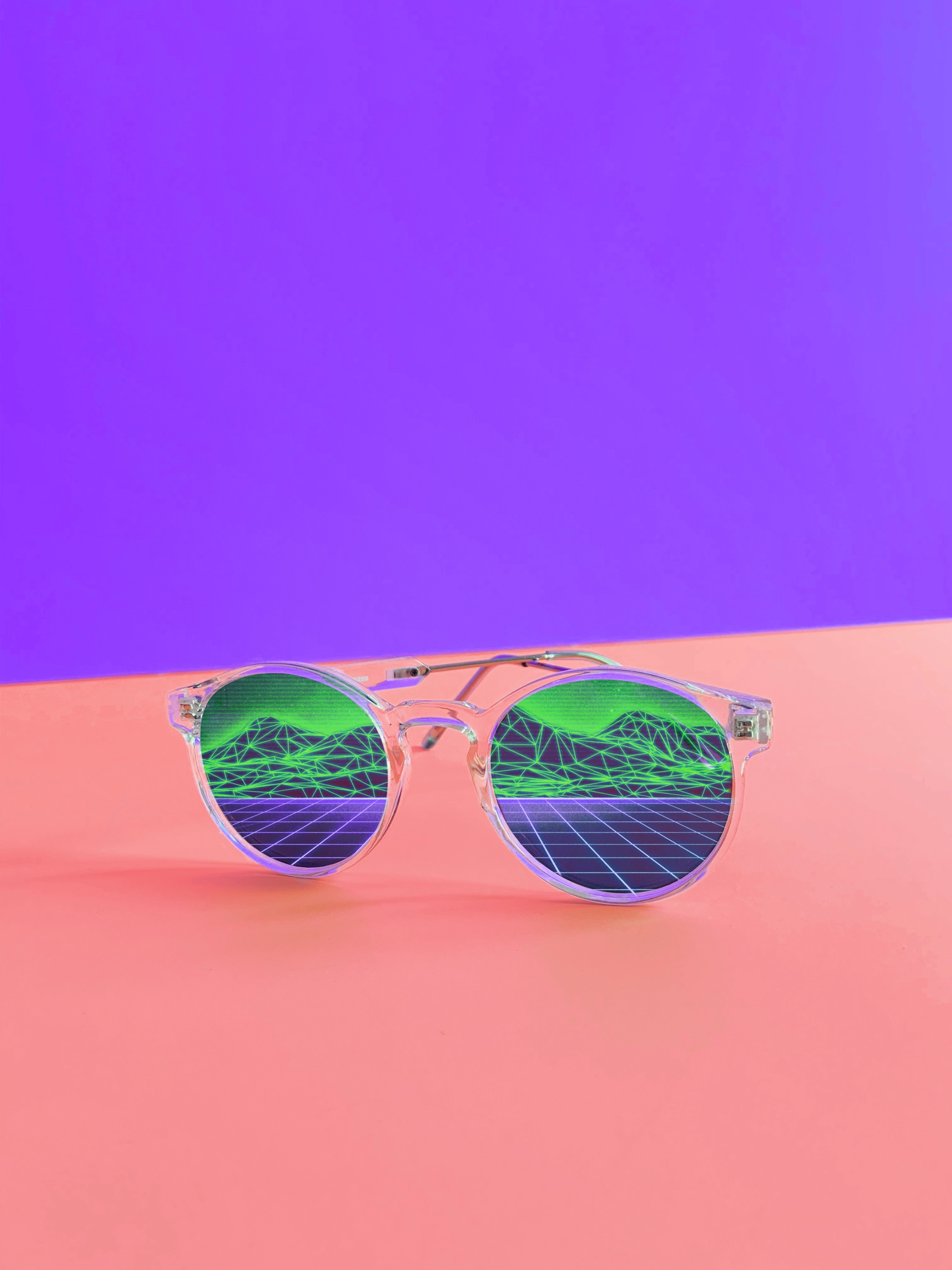 152346 download wallpaper Miscellanea, Miscellaneous, Sunglasses, Glasses, Spectacles, Retro, Accessory, Style screensavers and pictures for free