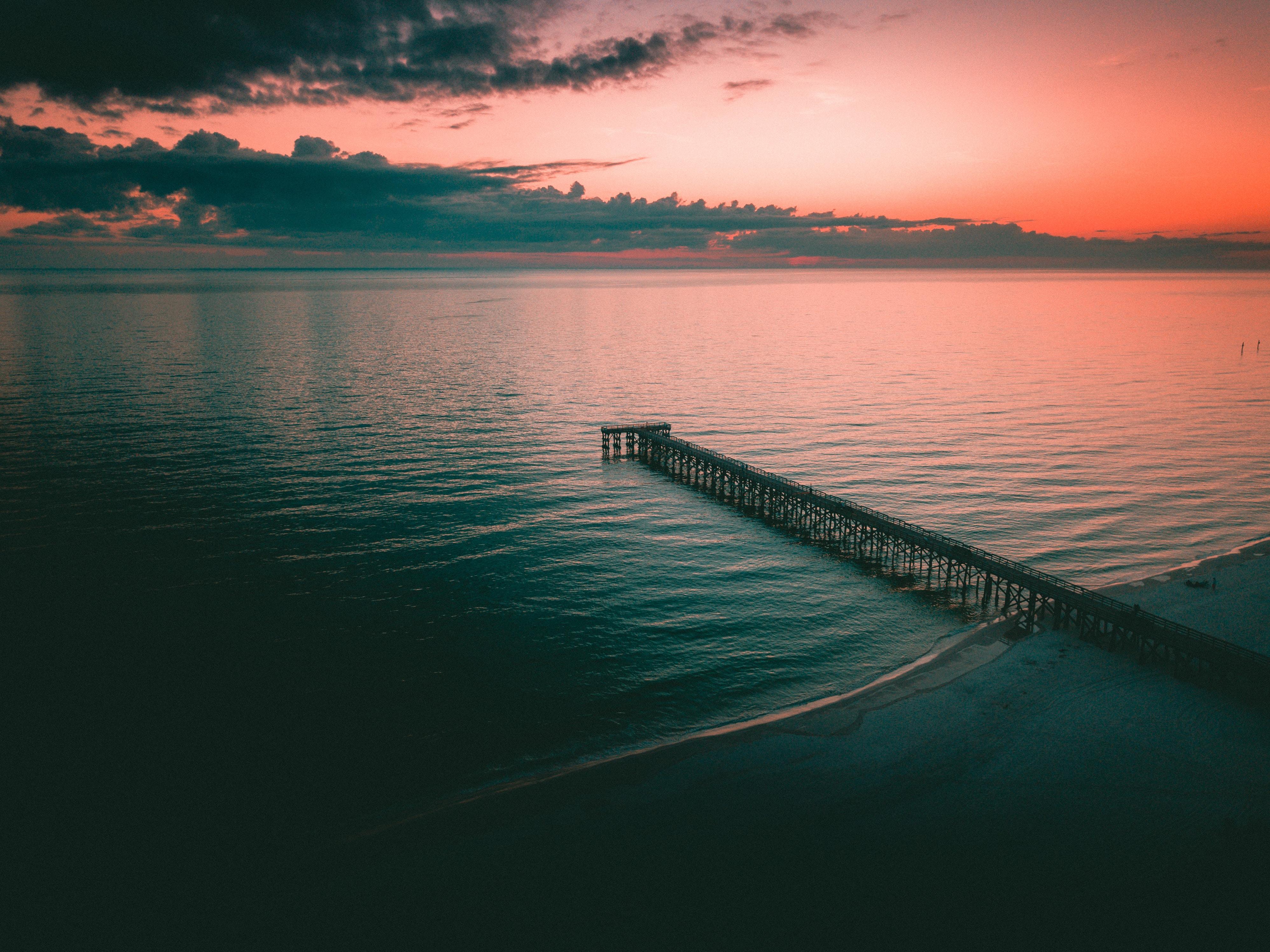 133124 завантажити шпалери Природа, Море, Сутінки, Берег, Банк, Пірс, Пристані, Пристань, Причал - заставки і картинки безкоштовно