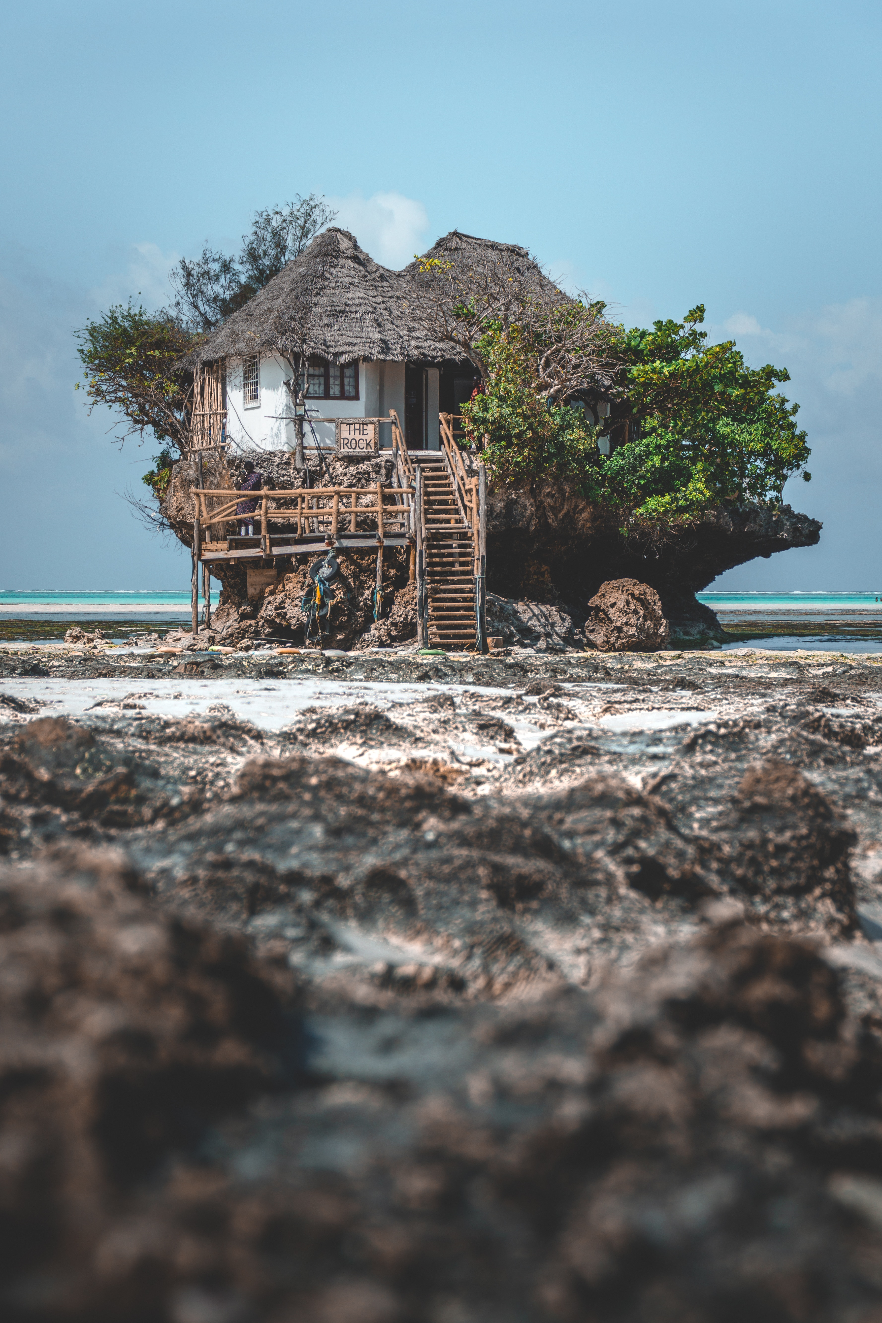 125269 Screensavers and Wallpapers Ocean for phone. Download Ocean, Nature, Beach, Rock, Coast, Small House, Lodge pictures for free