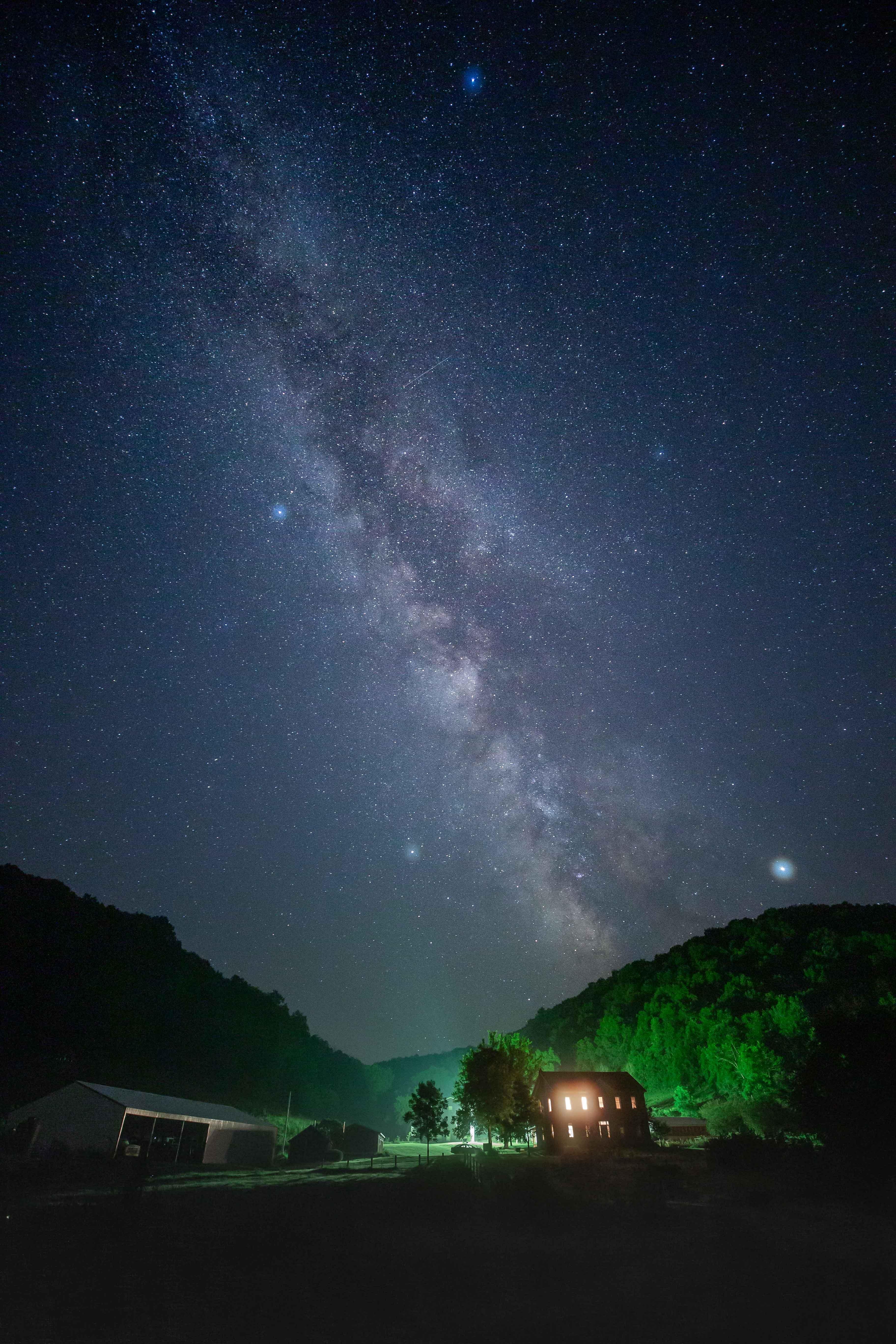 99696 скачать обои Темные, Ночь, Звездное Небо, Темнота, Свет, Звезды - заставки и картинки бесплатно