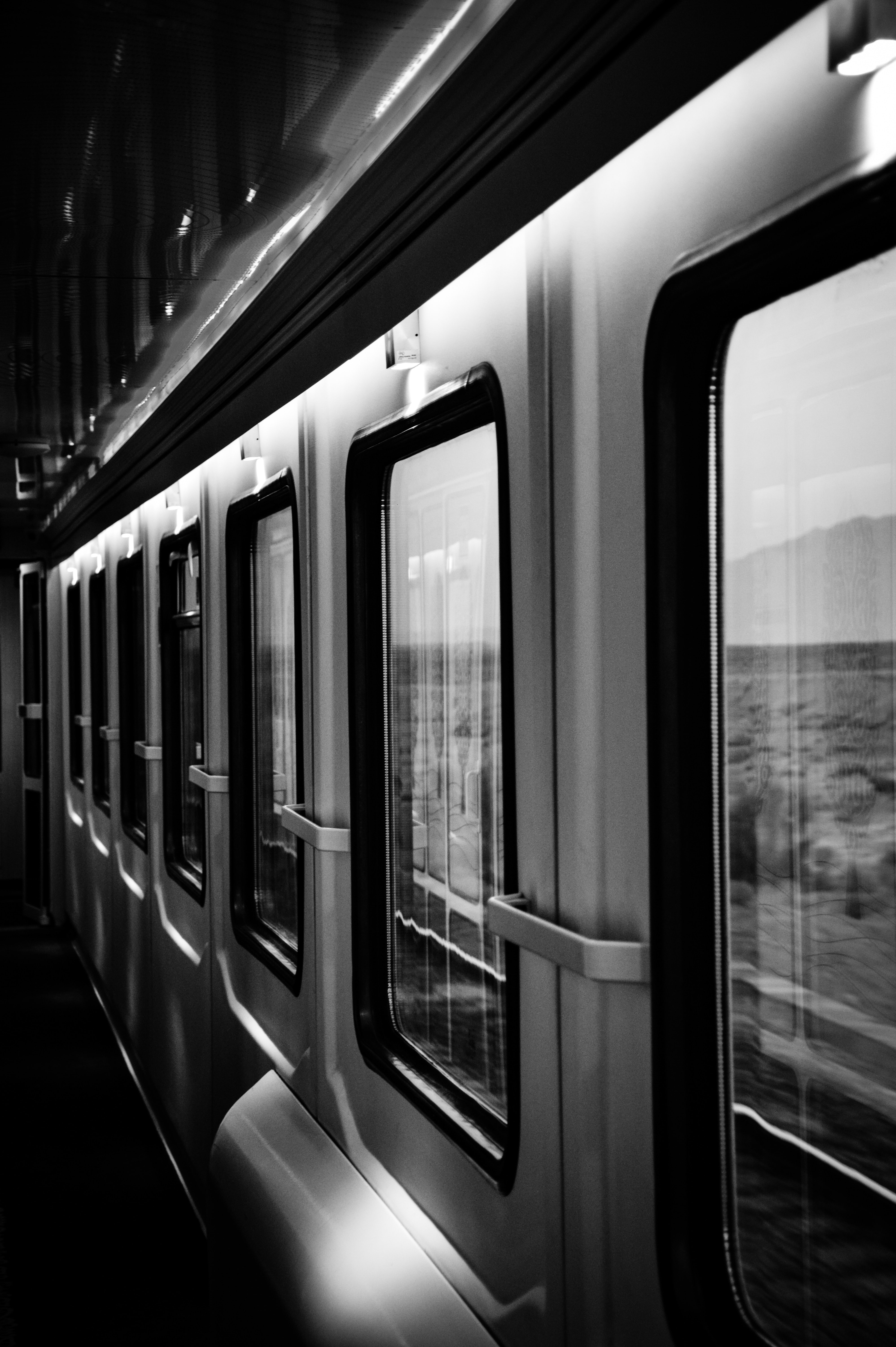 89648 Screensavers and Wallpapers Windows for phone. Download Windows, Miscellanea, Miscellaneous, Grey, Bw, Chb, Train pictures for free