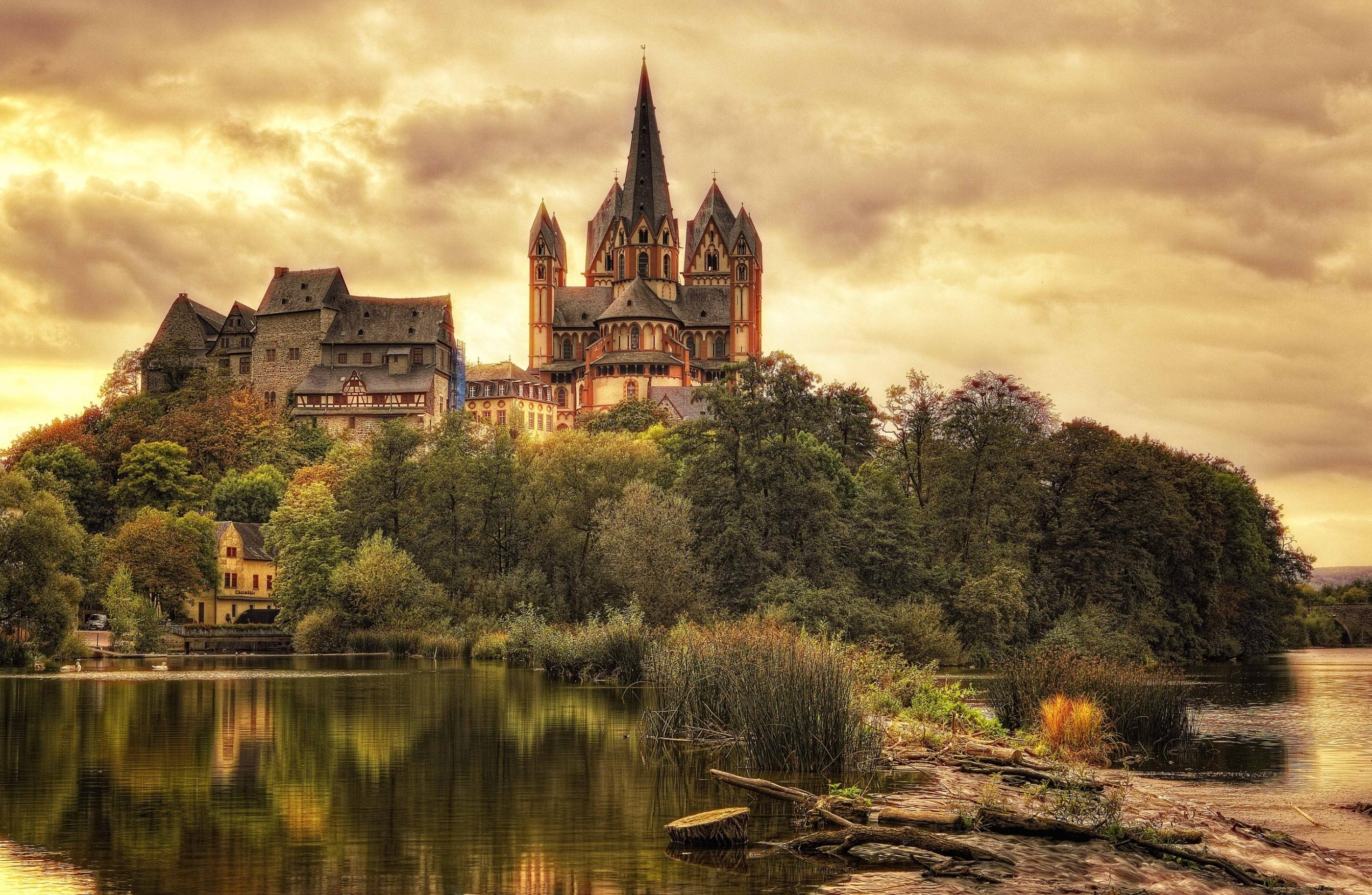 133027 скачать обои Германия, Города, Дома, Деревья, Замок, Лимбург - заставки и картинки бесплатно