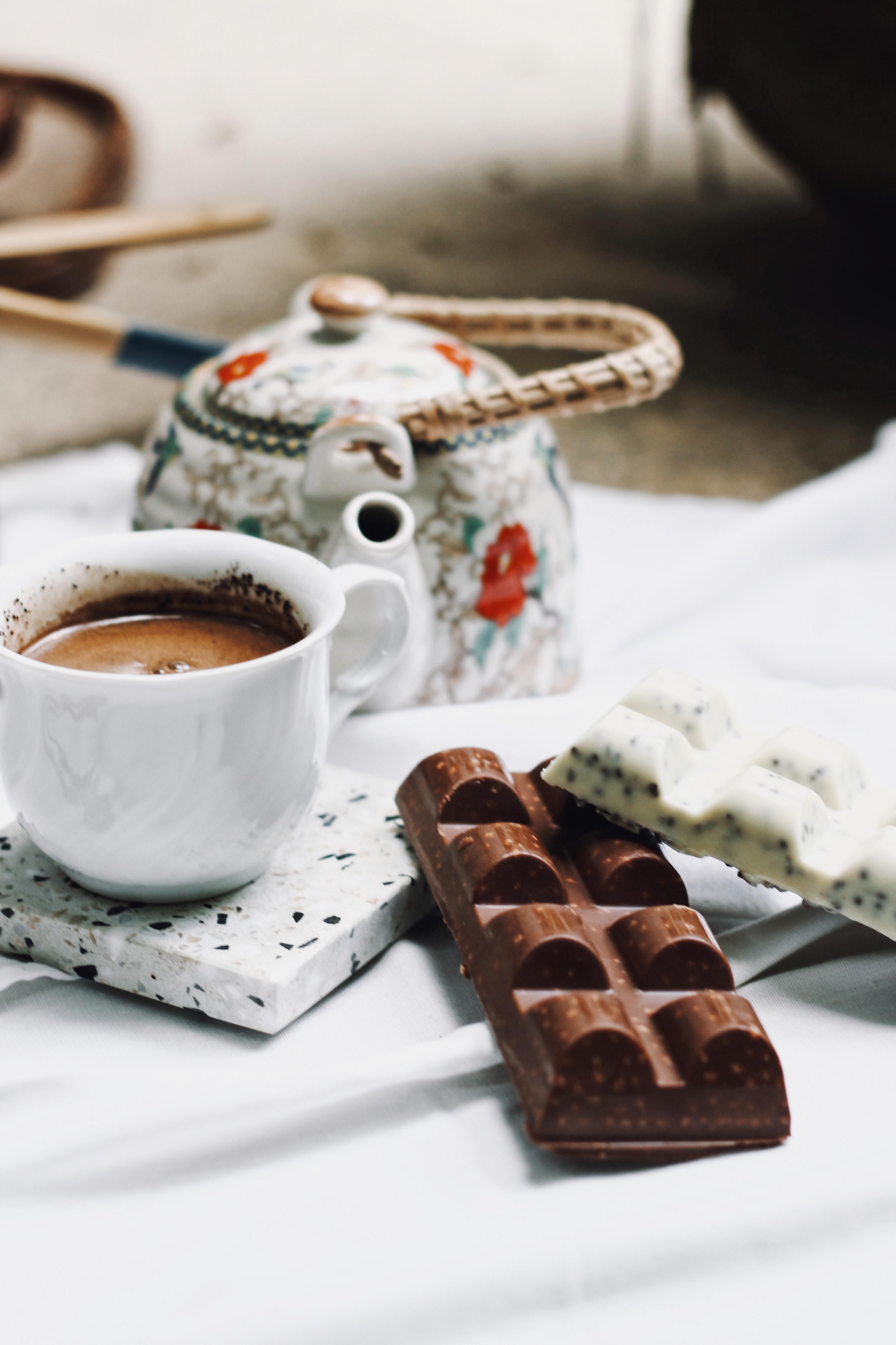 102111 скачать обои Еда, Шоколад, Кофе, Чайник - заставки и картинки бесплатно