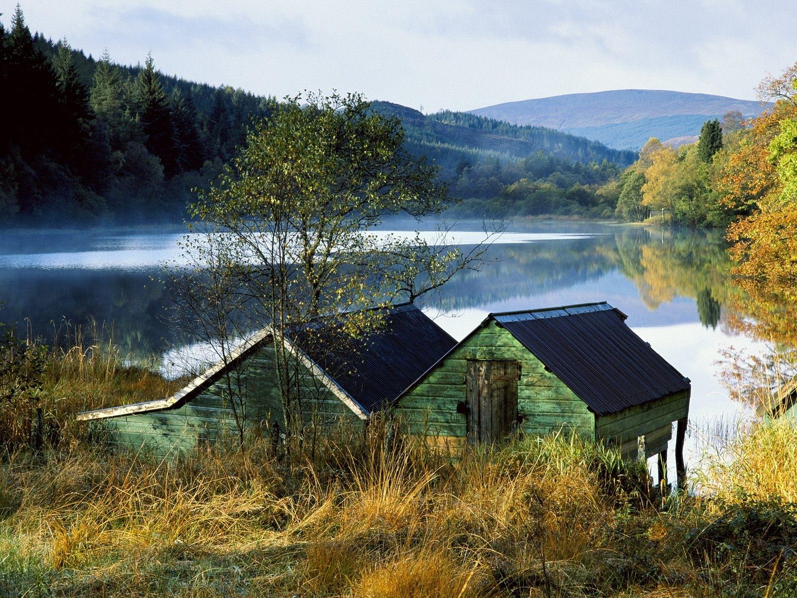 3866 скачать обои Пейзаж, Дома, Река, Осень - заставки и картинки бесплатно