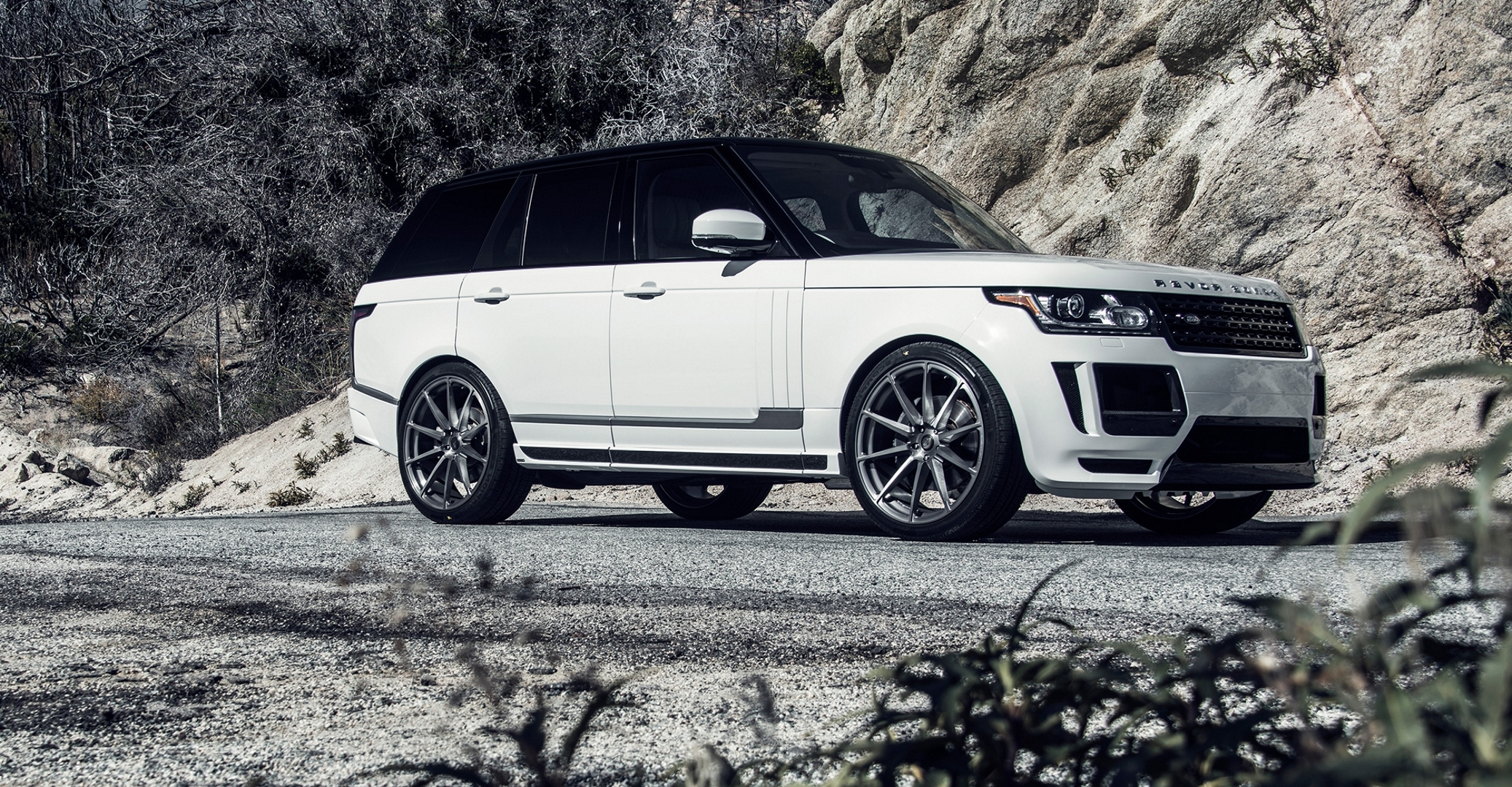 83440 скачать обои Тачки (Cars), Ленд Ровер (Land Rover), Рендж Ровер (Range Rover), Vogue, Белый, Вид Сбоку - заставки и картинки бесплатно