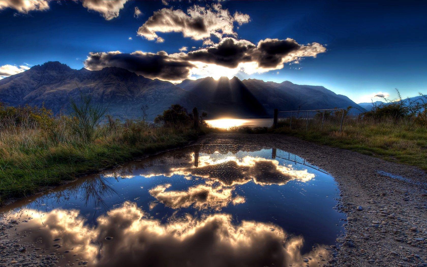 153971 fond d'écran 1080x2400 sur votre téléphone gratuitement, téléchargez des images Nature, Sky, Montagnes, Sun, Nuages, Lac, Réflexion, Briller, Lumière, Ombre, Ombres 1080x2400 sur votre mobile