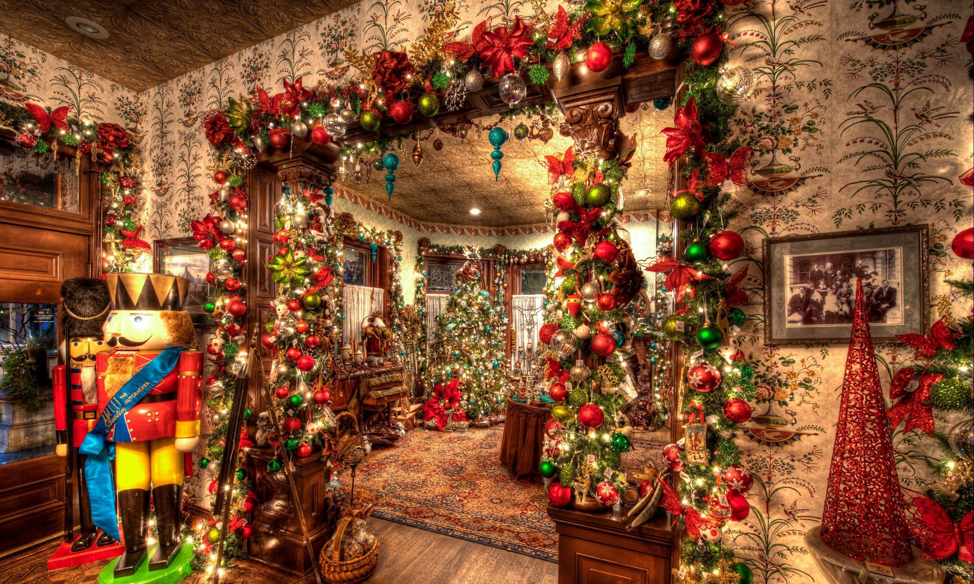 148893 Hintergrundbild herunterladen Feiertage, Dekoration, Spielzeug, Weihnachten, Urlaub, Weihnachtsbaum - Bildschirmschoner und Bilder kostenlos