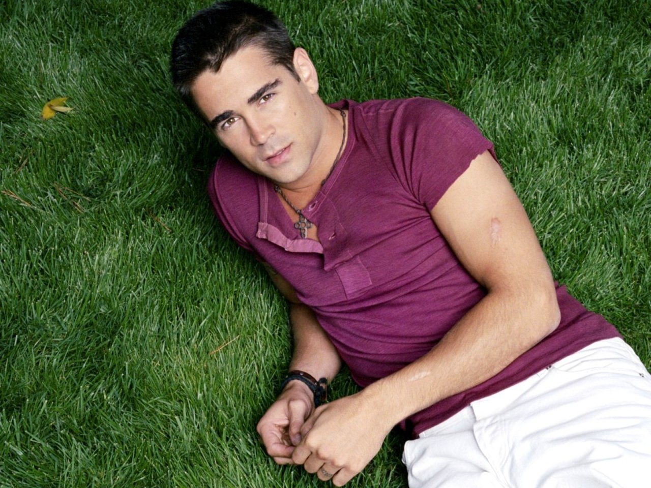 13173 download wallpaper People, Actors, Men, Colin Farrell screensavers and pictures for free