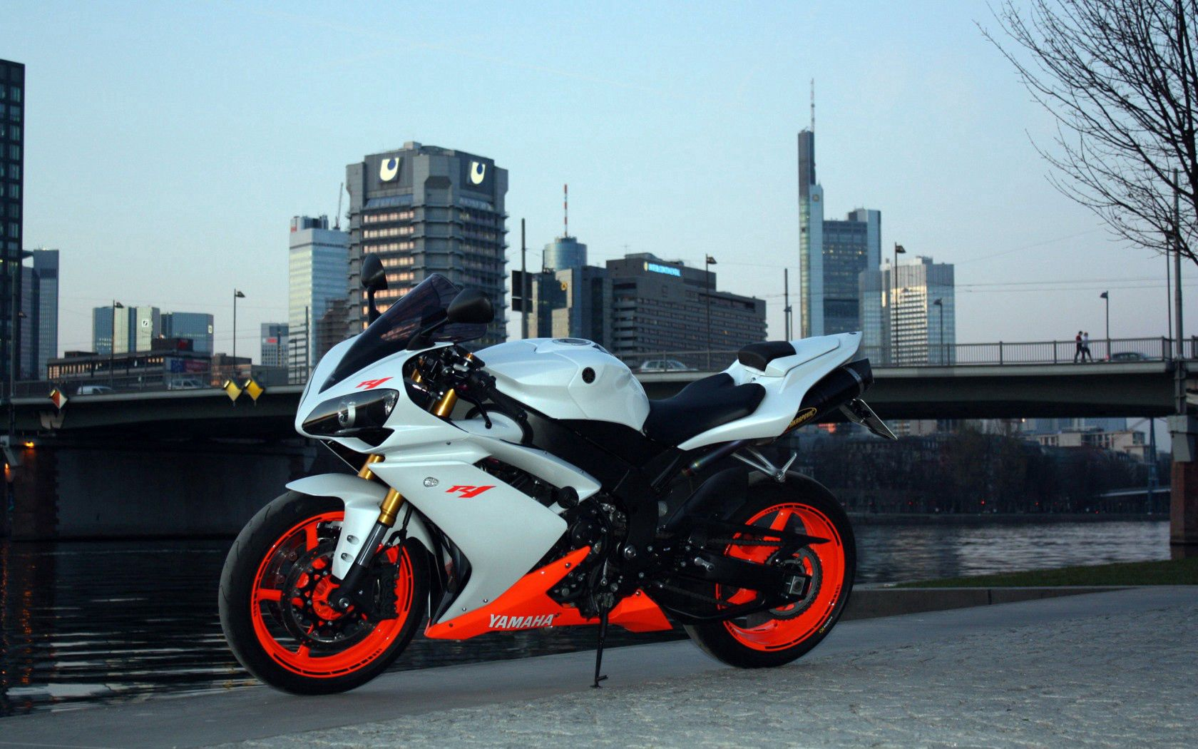 125042 Screensavers and Wallpapers City for phone. Download Motorcycles, Yamaha, City, Side View, R1 pictures for free