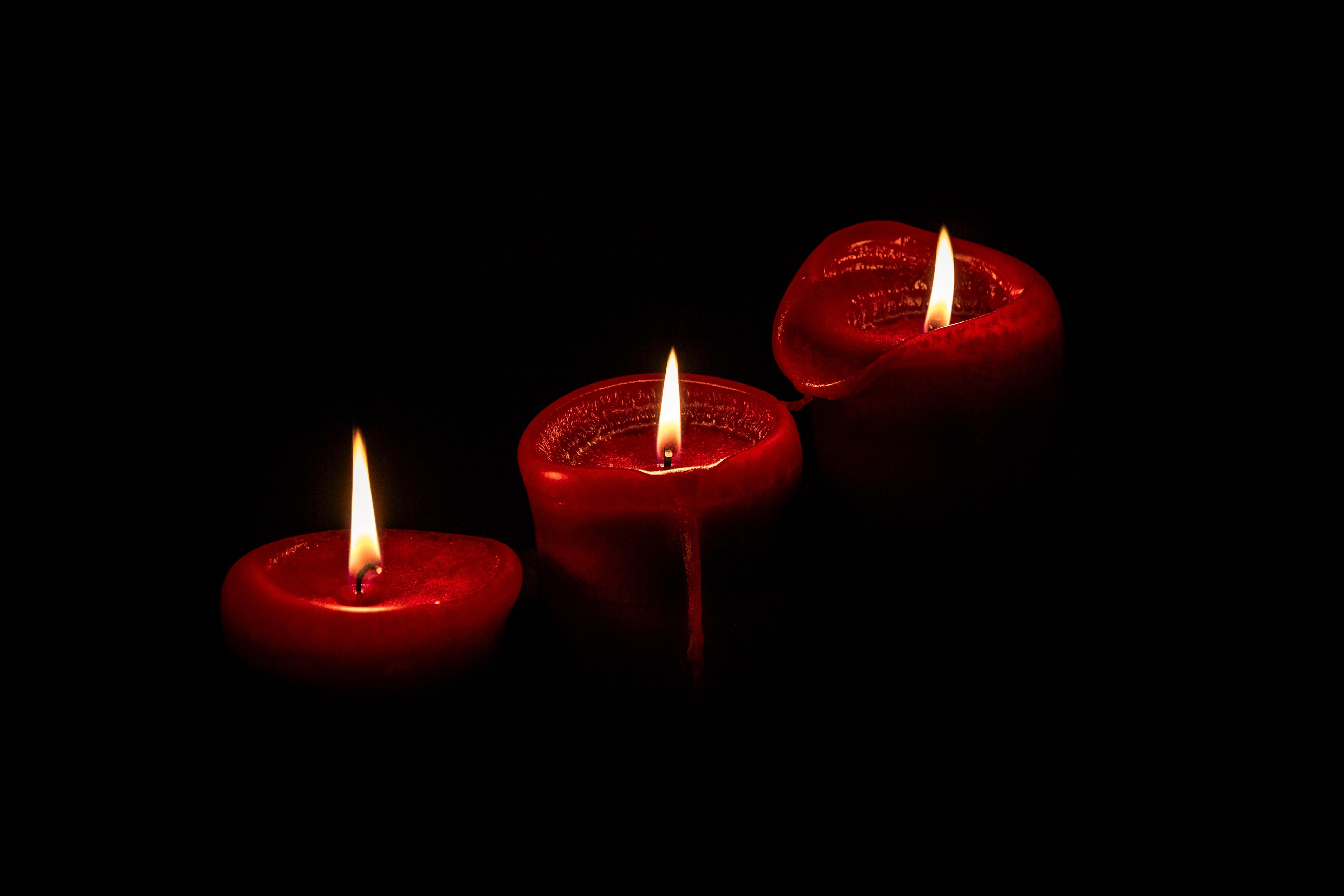 97743 免費下載壁紙 黑暗的, 黑暗, 蜡烛, 辉光, 发光, 火 屏保和圖片