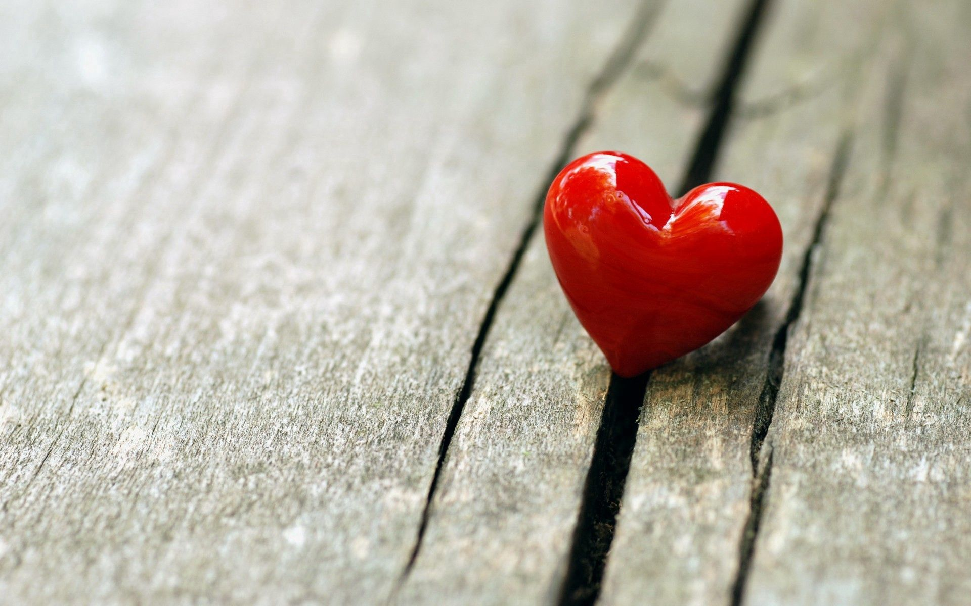 84021 download wallpaper Heart, Surface, Love screensavers and pictures for free