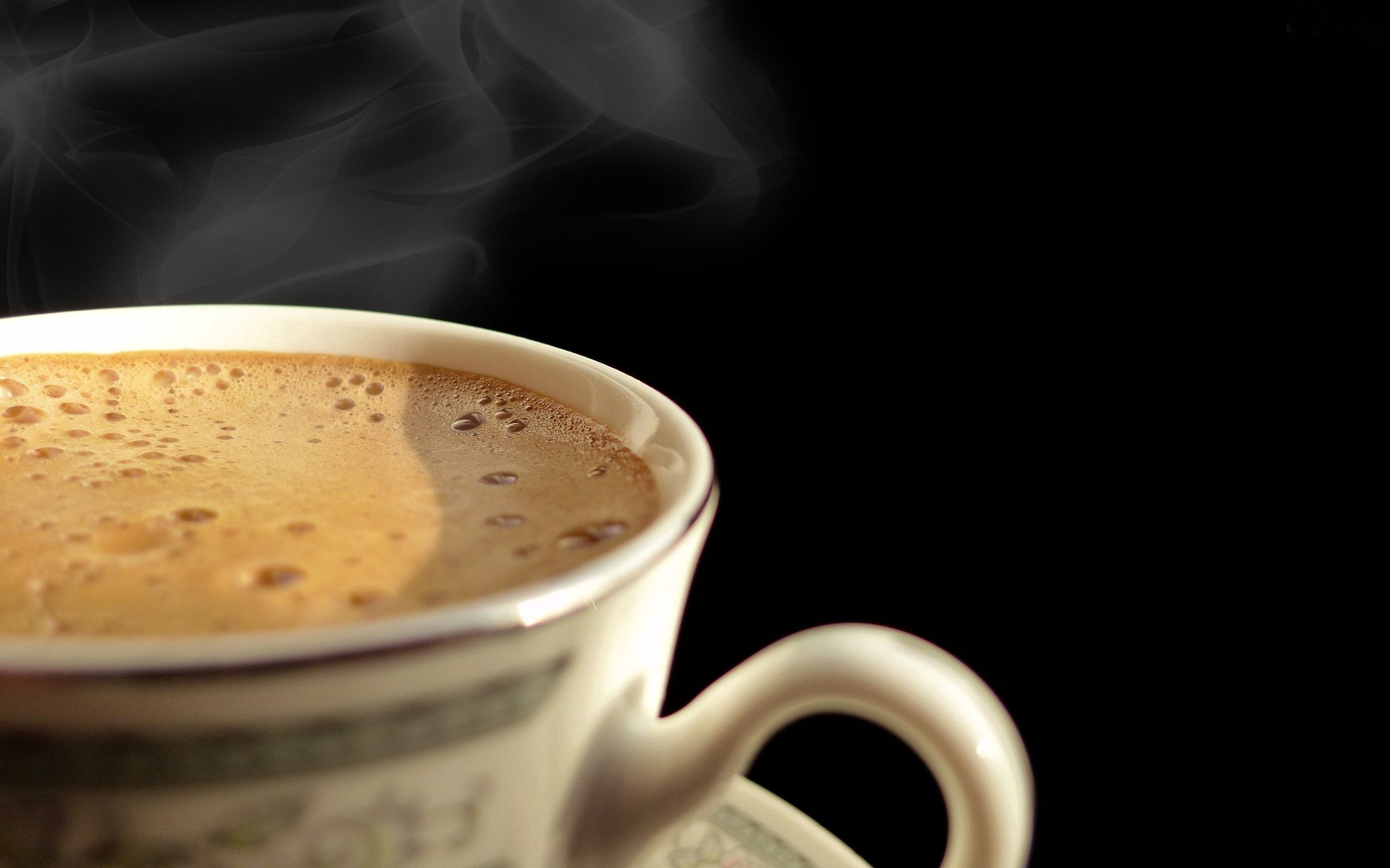 149174 download wallpaper Food, Coffee, Foam, Meerschaum, Dark Background, Cup screensavers and pictures for free