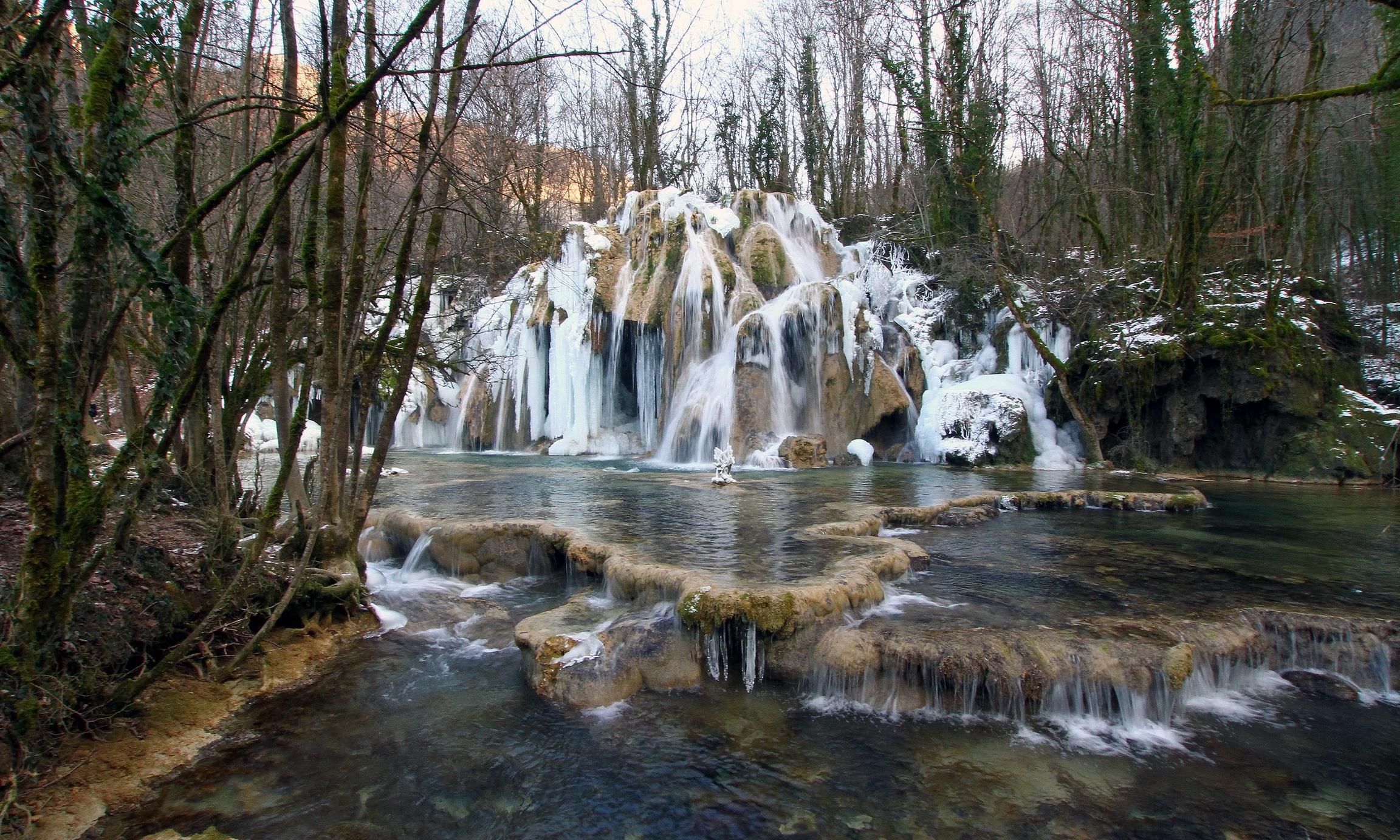 75177壁紙のダウンロード滝, フランス, カスケードデトリュフレプランチ, カスケード・デ・トリュフ・レ・プランシュ, 自然-スクリーンセーバーと写真を無料で