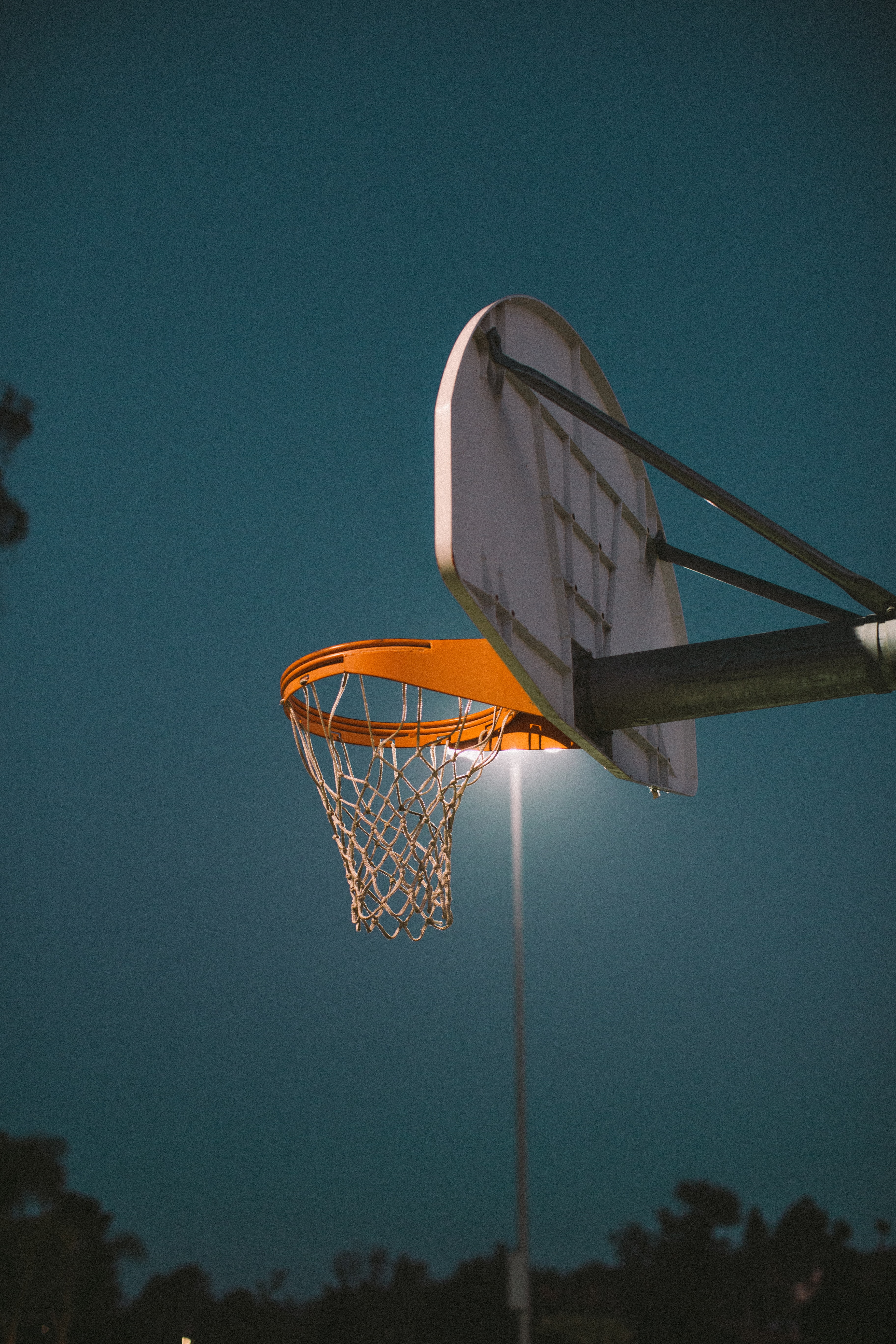 134456 Screensavers and Wallpapers Basketball for phone. Download Sports, Basketball Hoop, Basketball Ring, Basket, Basketball, Shield, Scute, Playground, Platform pictures for free