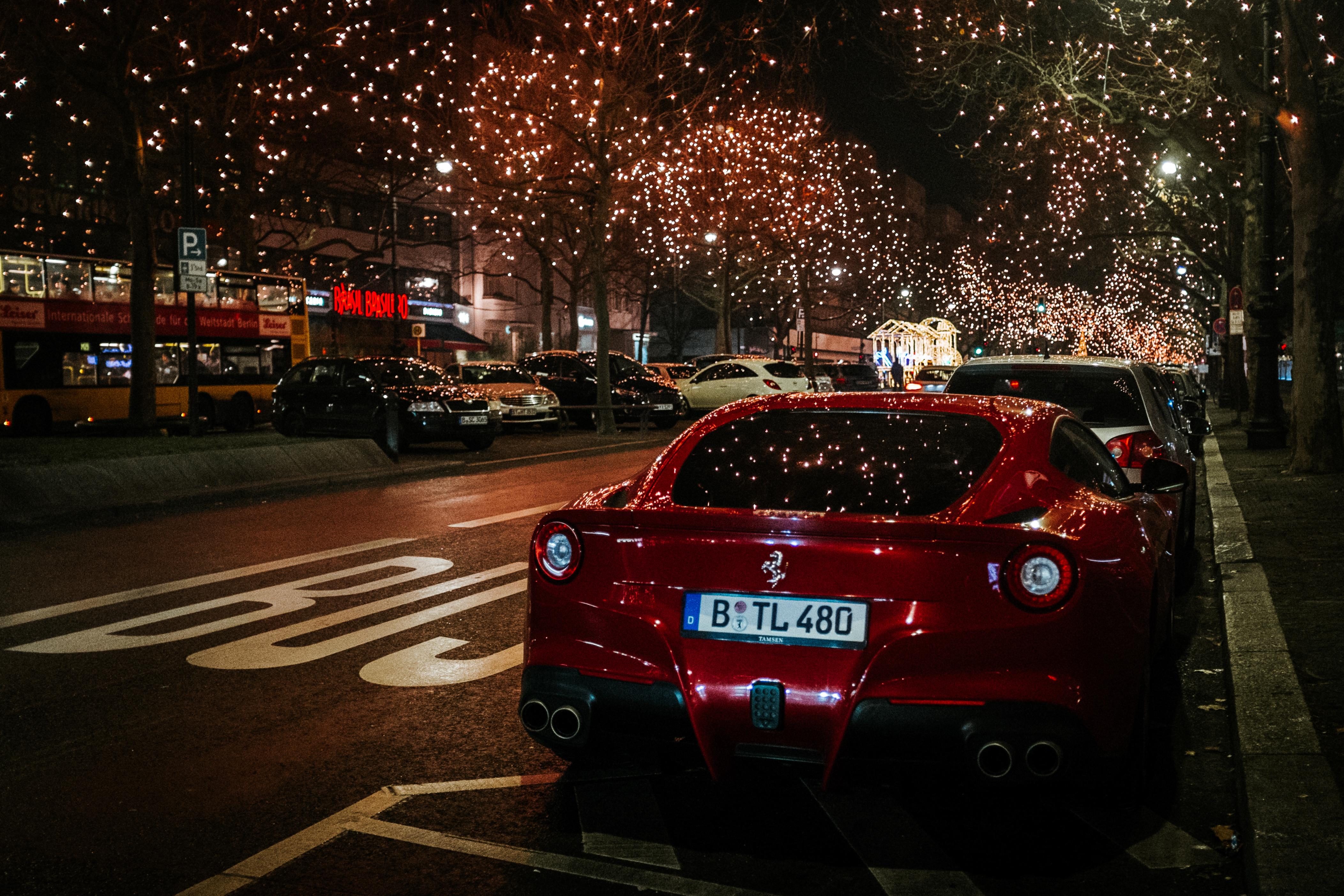 106396 télécharger le fond d'écran Paysage, Voitures, Ferrari, Ville De Nuit, Vue Arrière - économiseurs d'écran et images gratuitement