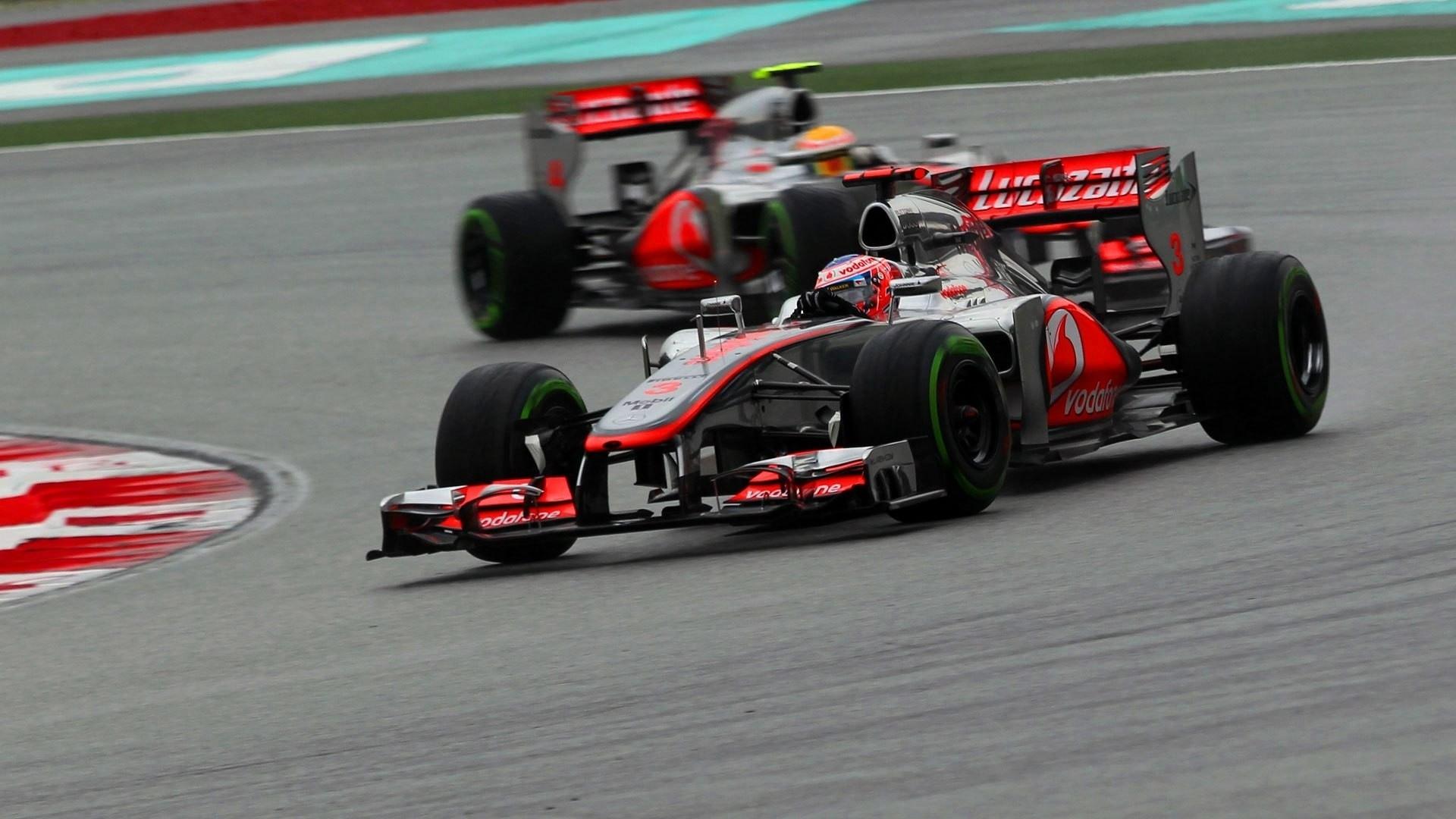 49645 скачать обои Спорт, Транспорт, Машины, Формула-1 (Formula-1, F1) - заставки и картинки бесплатно