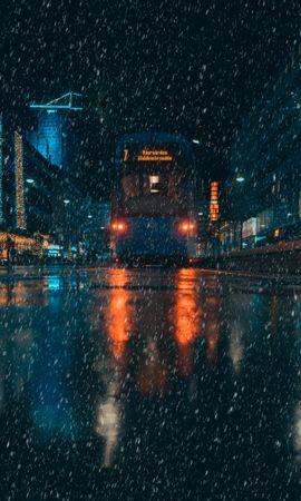 83341 скачать обои Темные, Дождь, Транспорт, Город, Вечер, Ночь - заставки и картинки бесплатно