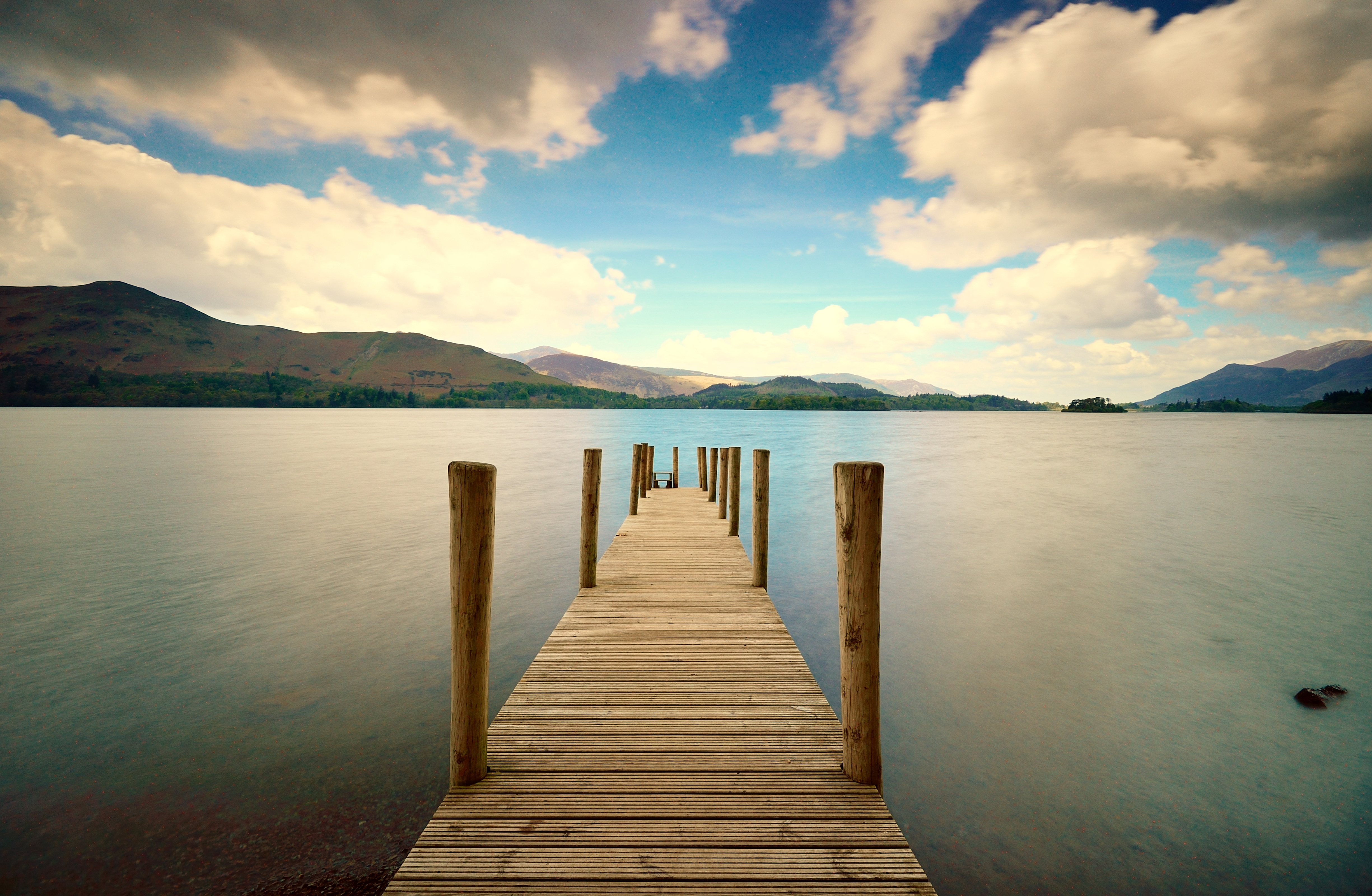 55786 download wallpaper Nature, Rivers, Sky, Mountains, Dahl, Distance, Wharf, Berth screensavers and pictures for free