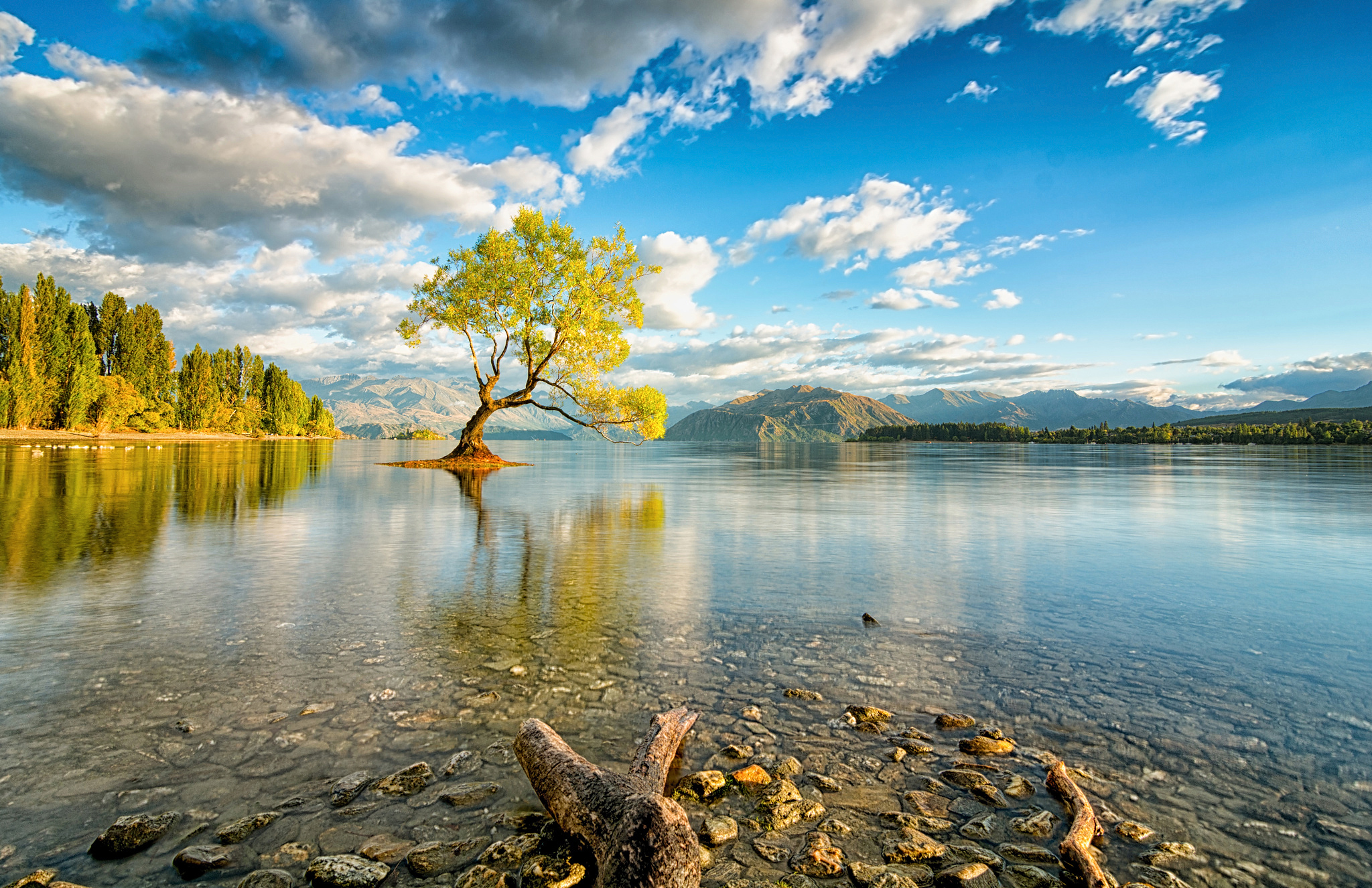 50812 download wallpaper Nature, Lake, New Zealand, Island, Wanaka screensavers and pictures for free