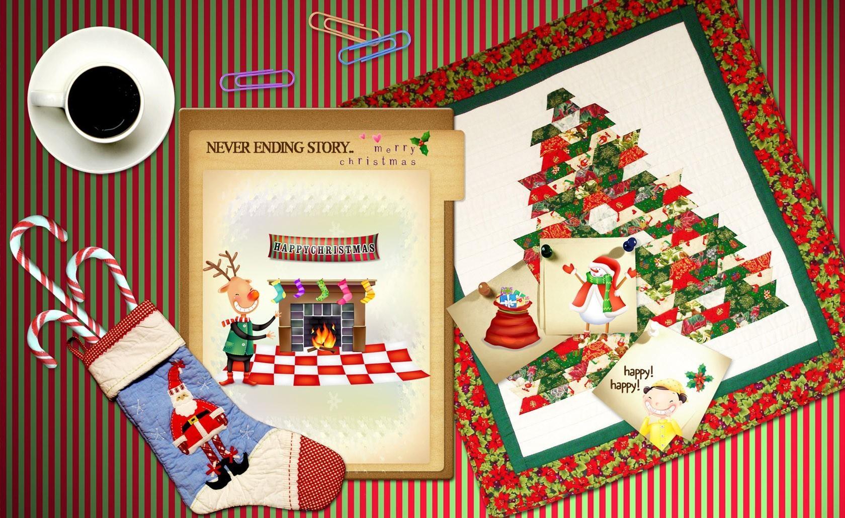 128227 скачать обои Праздники, Праздник, Новый Год, Атрибуты, Стол, Носок, Кофе, Открытки - заставки и картинки бесплатно