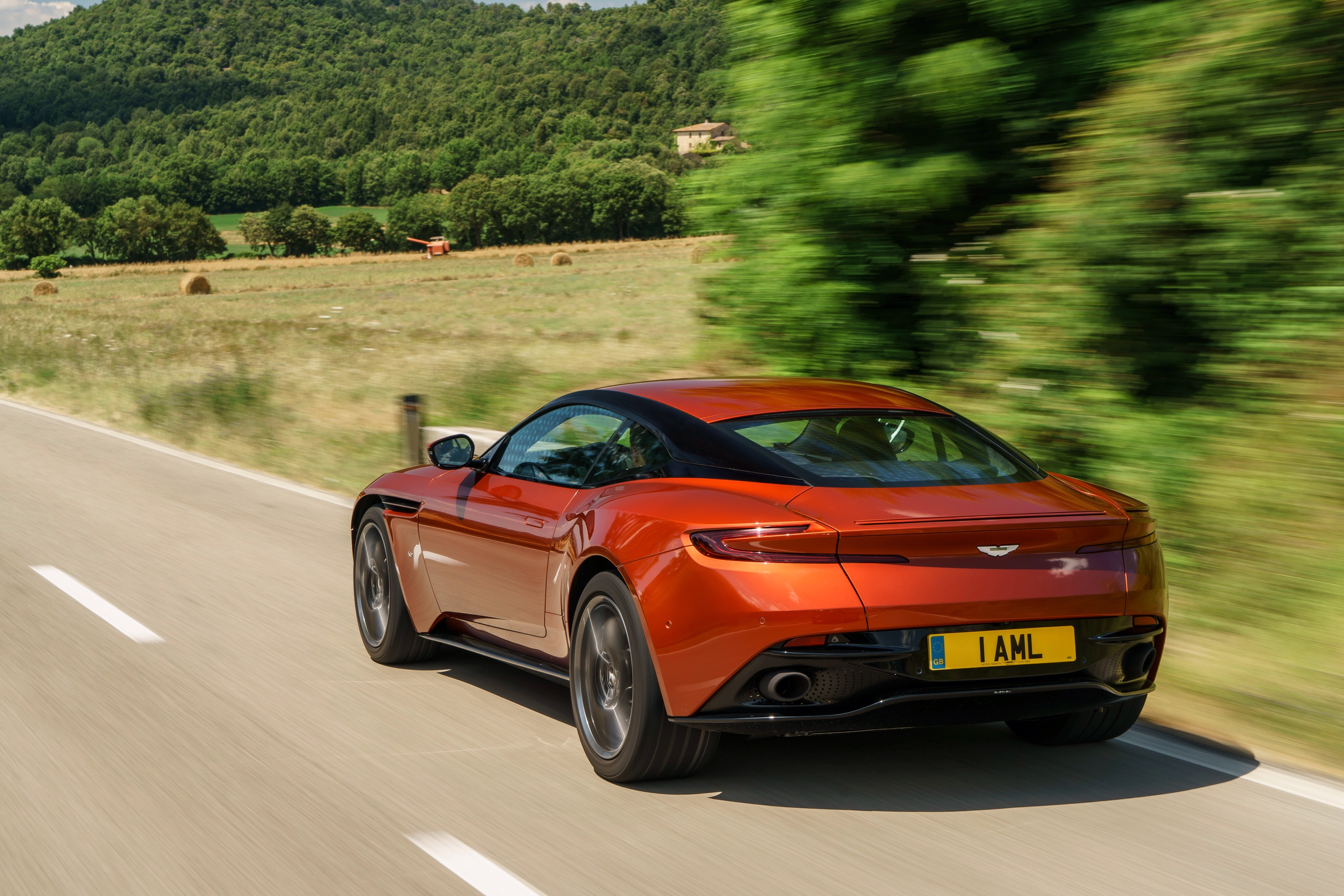 117947 Заставки и Обои Астон Мартин (Aston Martin) на телефон. Скачать Астон Мартин (Aston Martin), Тачки (Cars), Красный, Вид Сбоку, Db11 картинки бесплатно