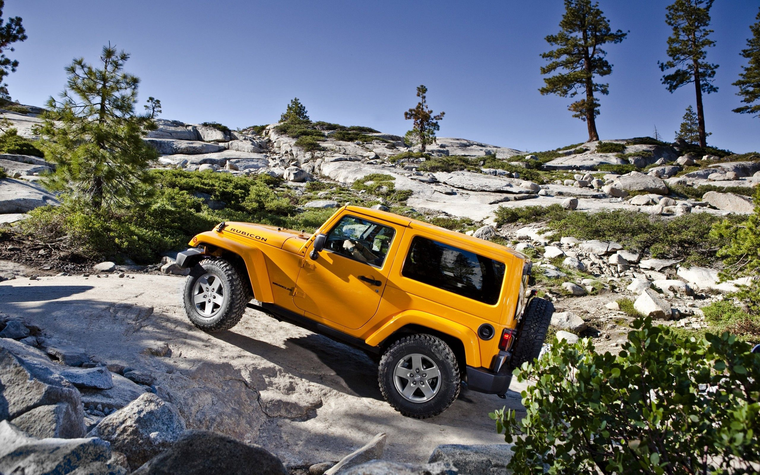138046 download wallpaper Cars, Jeep, Wrangler, Rengler, Mountains screensavers and pictures for free