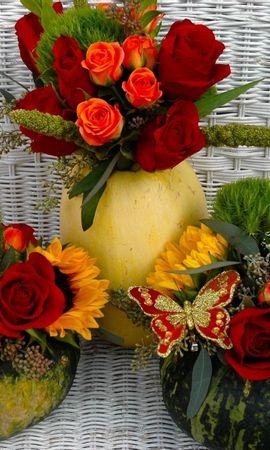 83443 télécharger le fond d'écran Fleurs, Composition, Papillon, Roses, Tournesols, Bouquets, Citrouille - économiseurs d'écran et images gratuitement