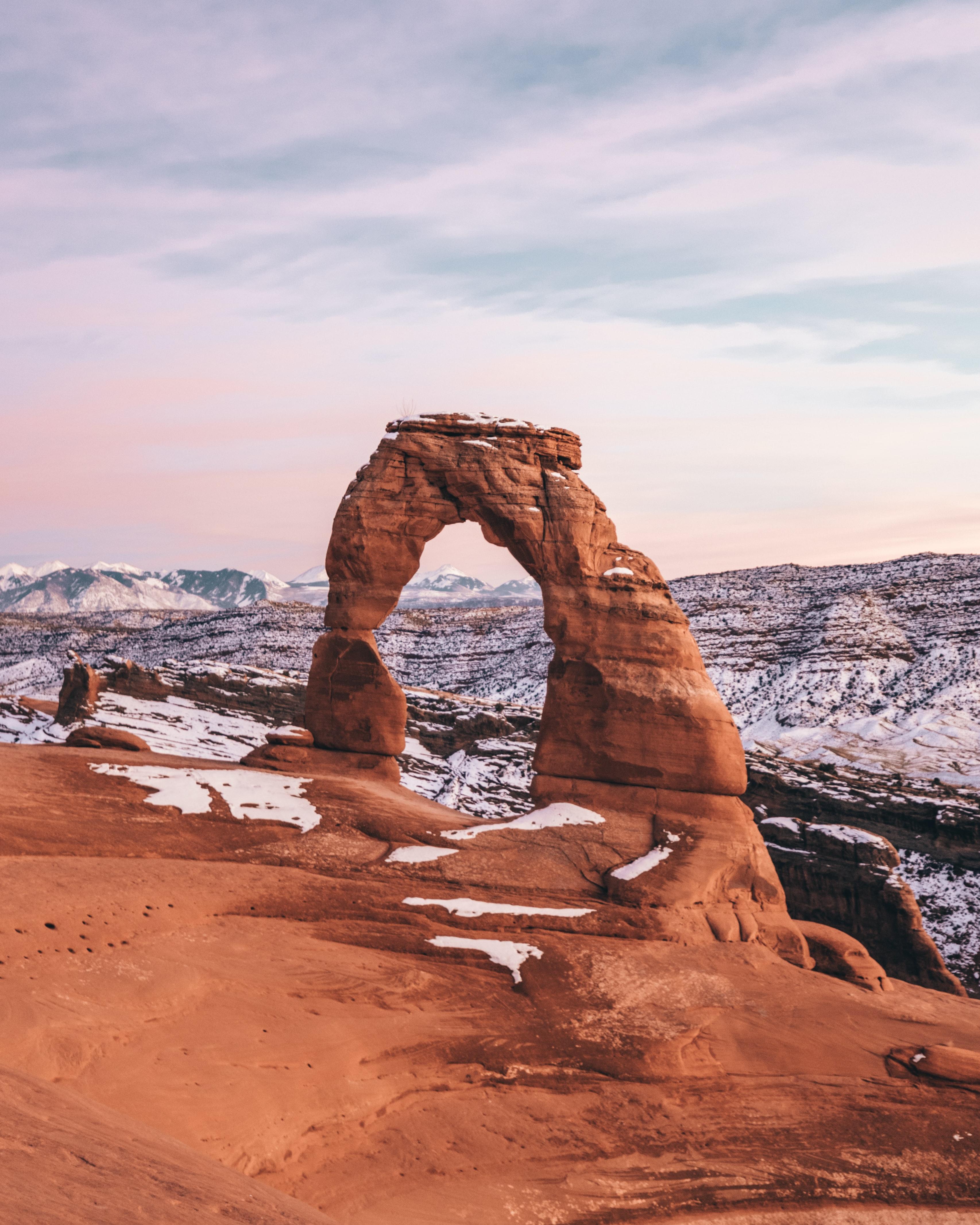 68218 скачать обои Природа, Скала, Арка, Снег, Пейзаж - заставки и картинки бесплатно