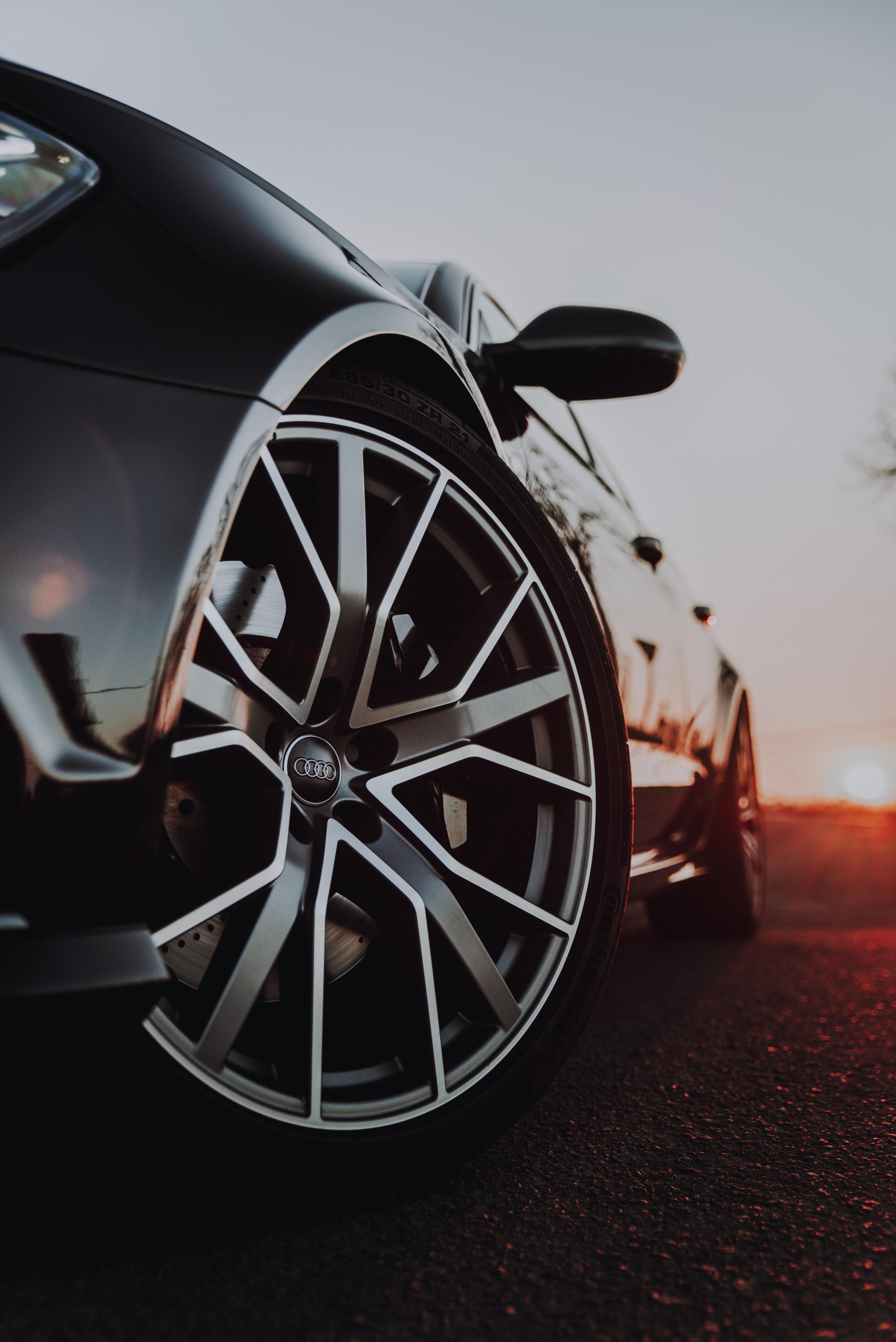 93816 скачать обои Тачки (Cars), Ауди (Audi), Автомобиль, Черный, Колесо - заставки и картинки бесплатно