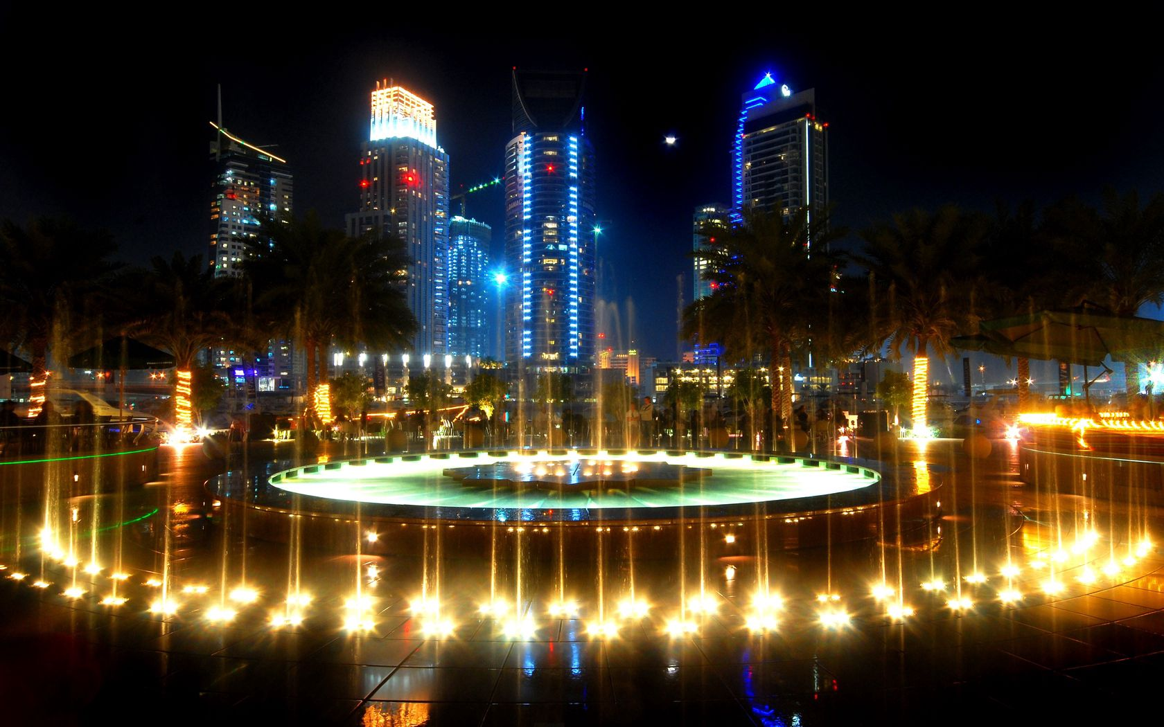 116665 Screensavers and Wallpapers Fountain for phone. Download Cities, Palms, Fountain, Illumination, Street, Lighting pictures for free
