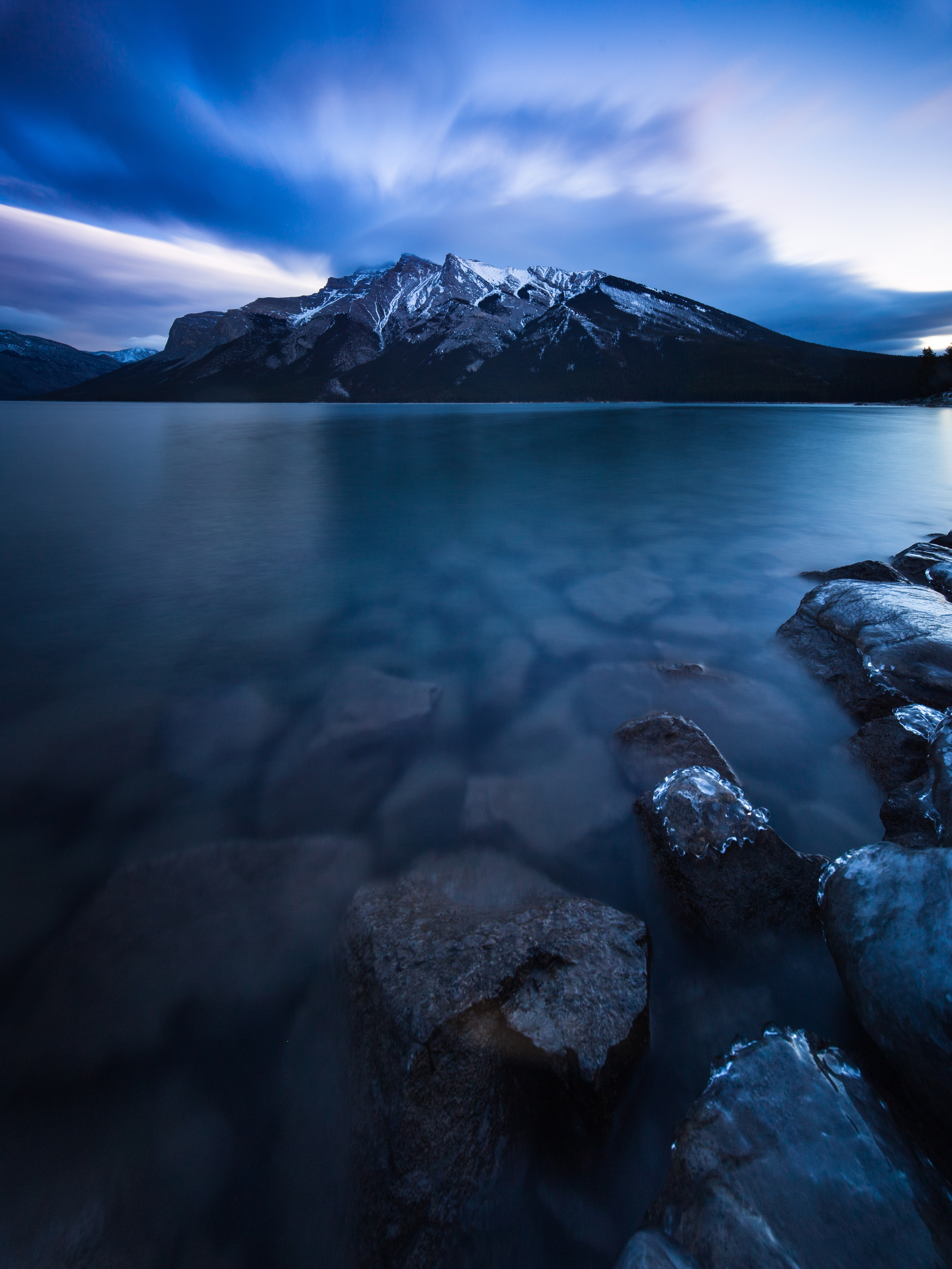 85173 free wallpaper 720x1280 for phone, download images Nature, Mountains, Lake, Canada, Minnevanka 720x1280 for mobile