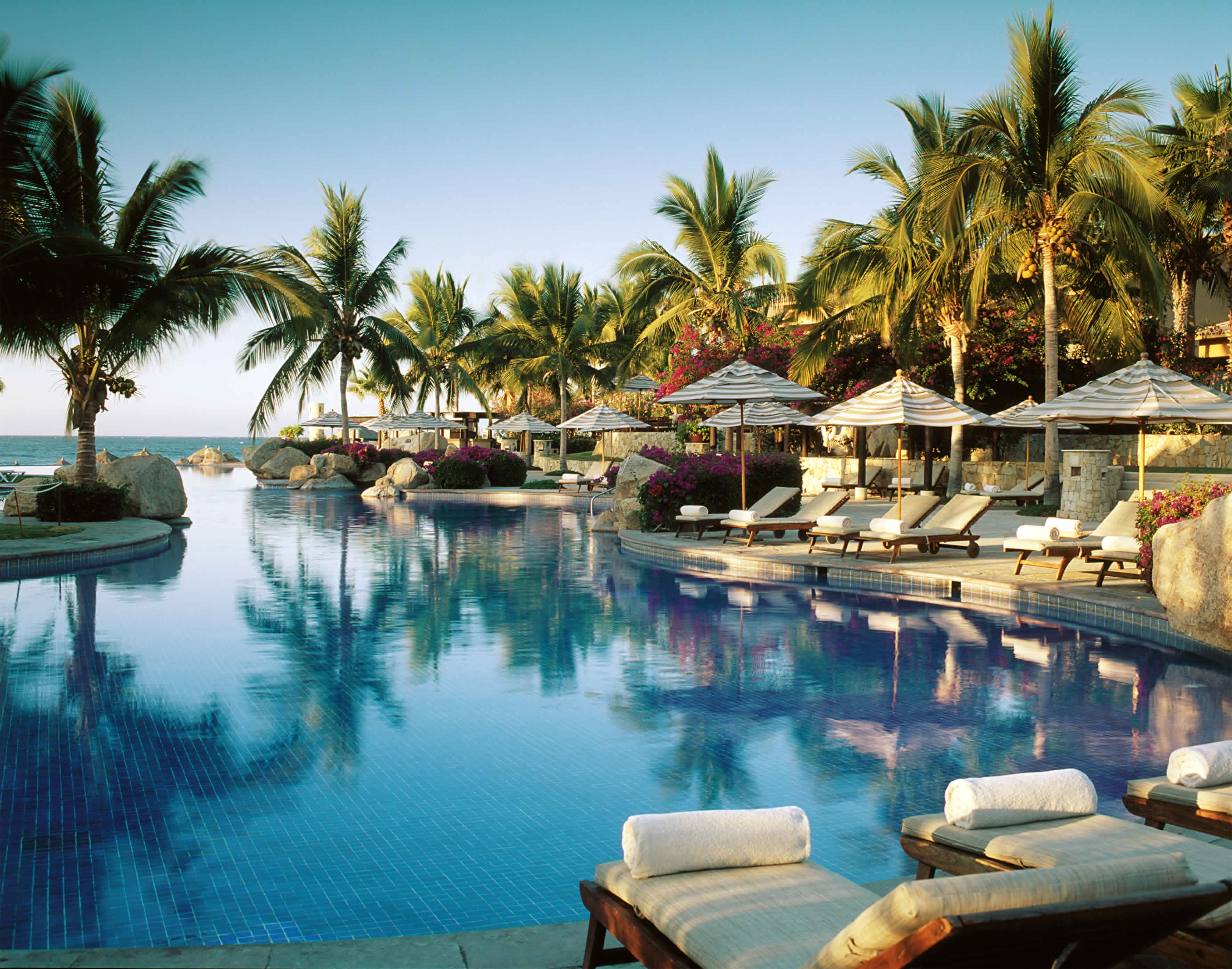 139243 download wallpaper Miscellanea, Miscellaneous, Relaxation, Rest, Tropics, Resort screensavers and pictures for free