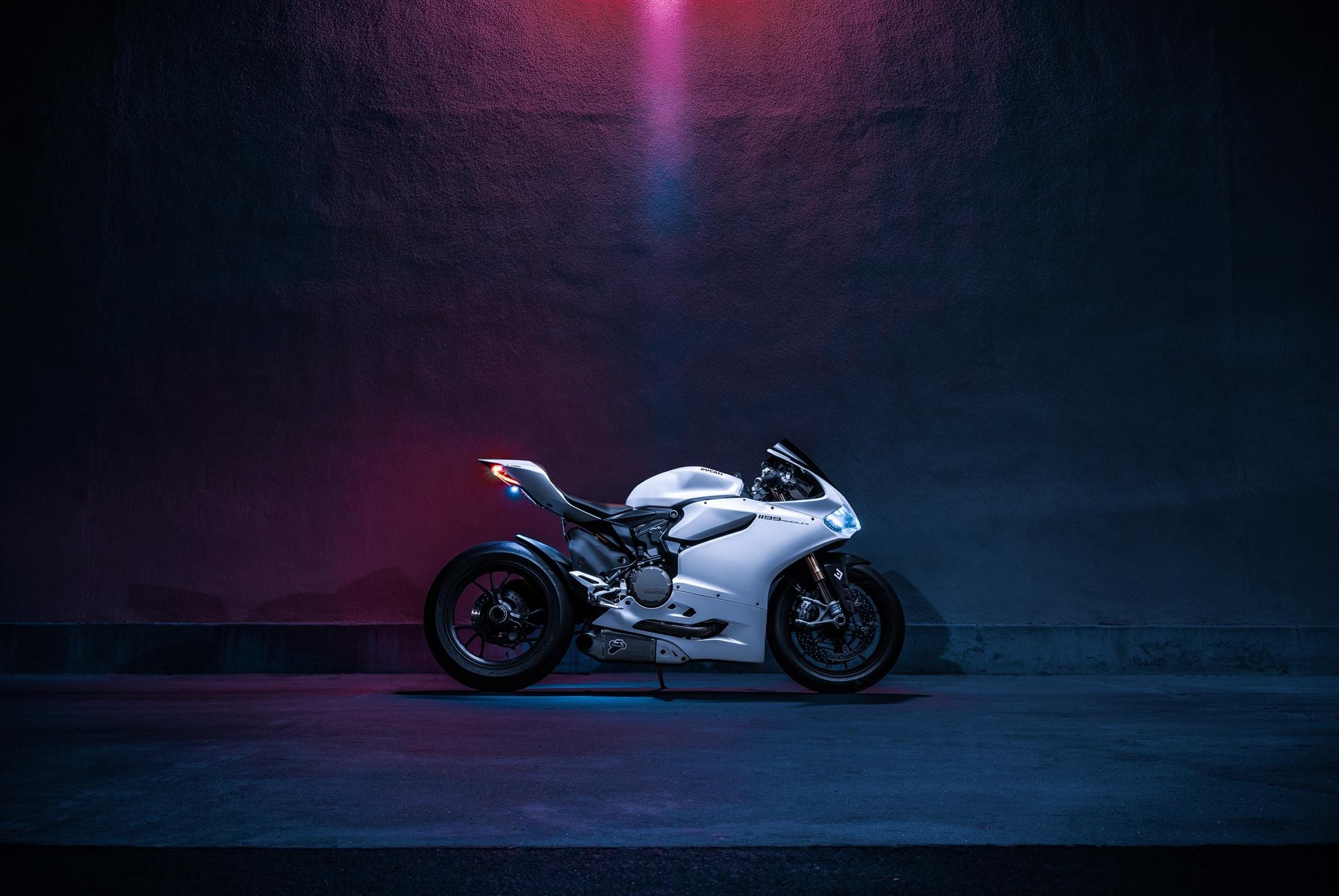 129909 Hintergrundbild herunterladen Motorräder, Ducati, Motorrad, 1199S, Panigale - Bildschirmschoner und Bilder kostenlos