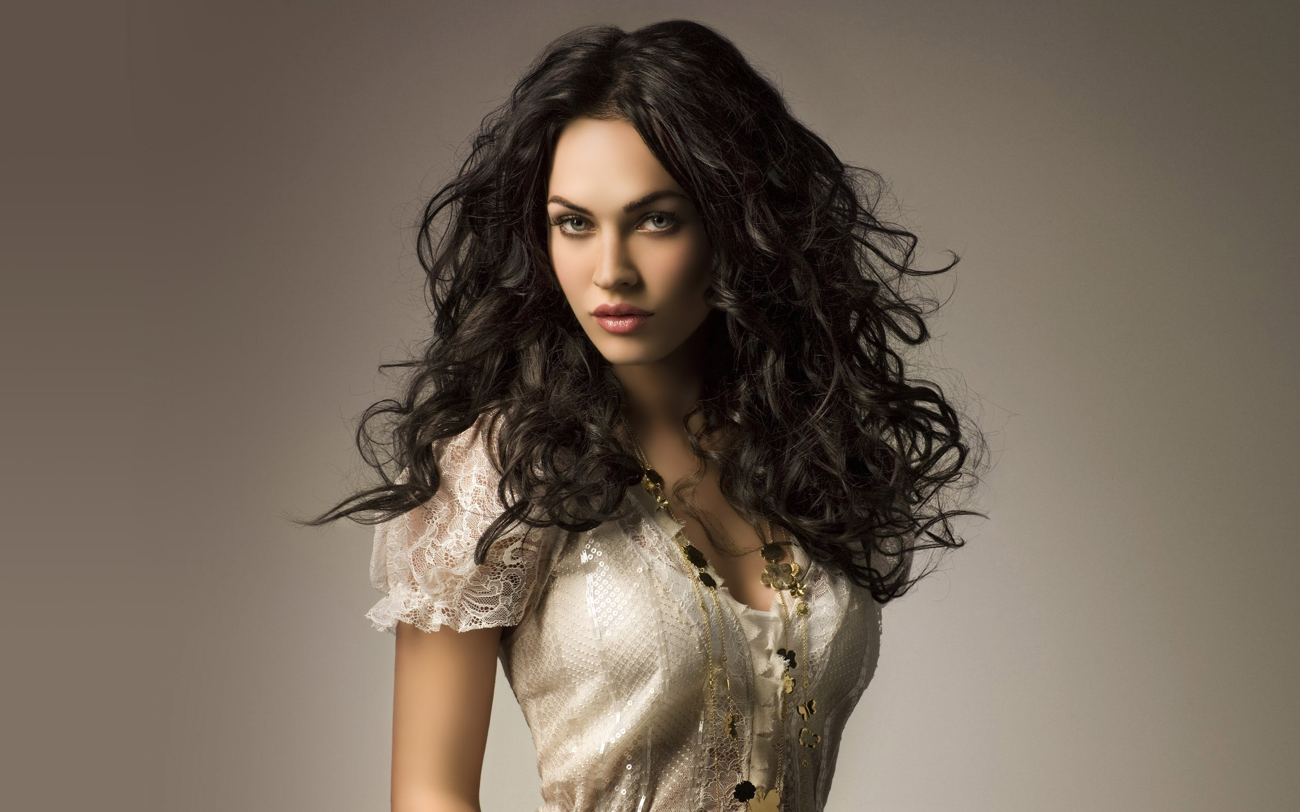 47294 download wallpaper People, Megan Fox, Girls screensavers and pictures for free