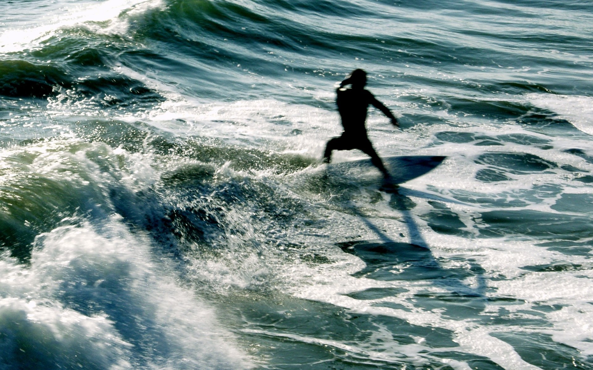 6958 download wallpaper Sports, Sea, Waves, Serfing screensavers and pictures for free