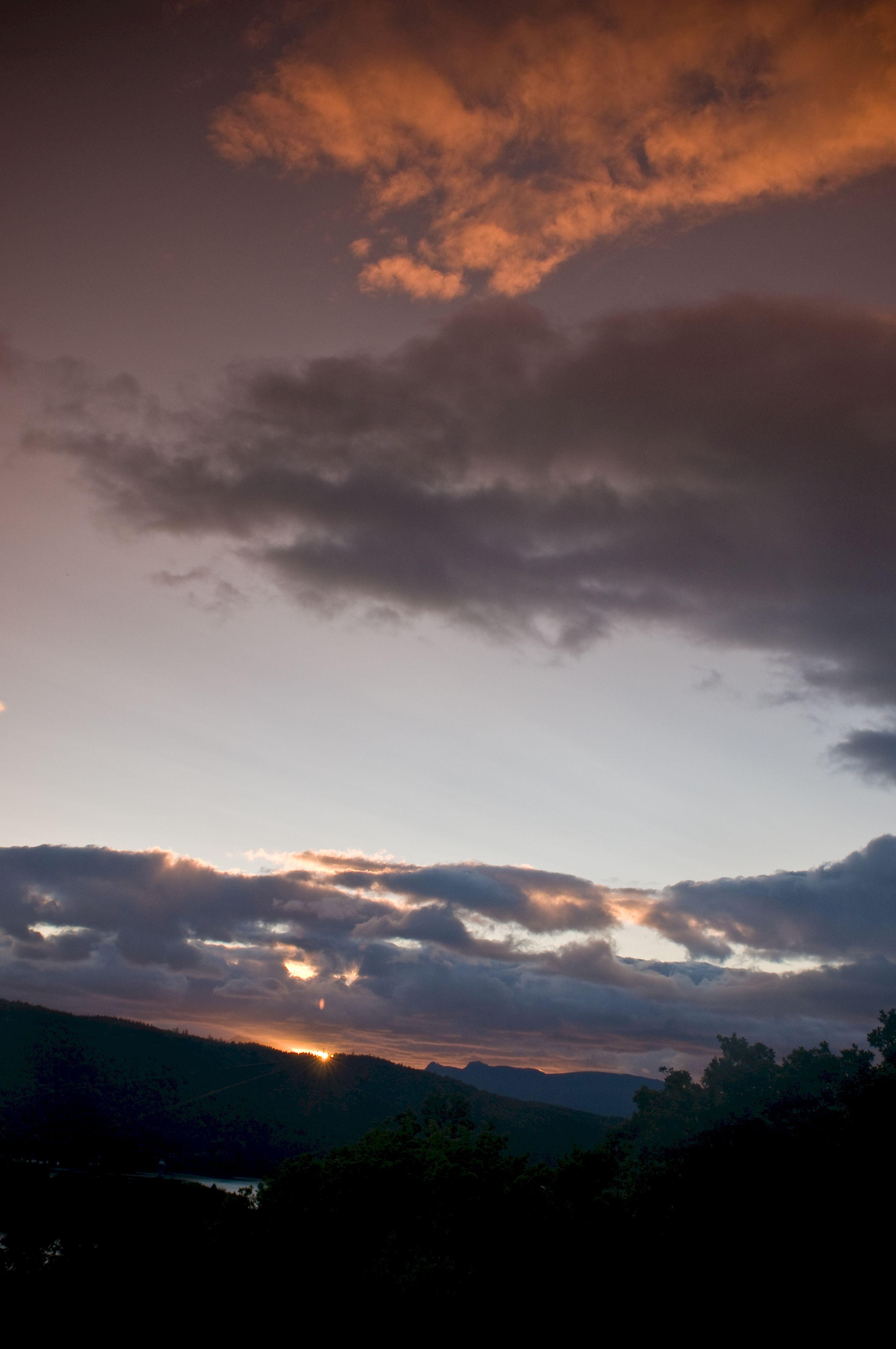 52285 скачать обои Природа, Закат, Небо, Облака, Темный, Сумерки, Вечер - заставки и картинки бесплатно