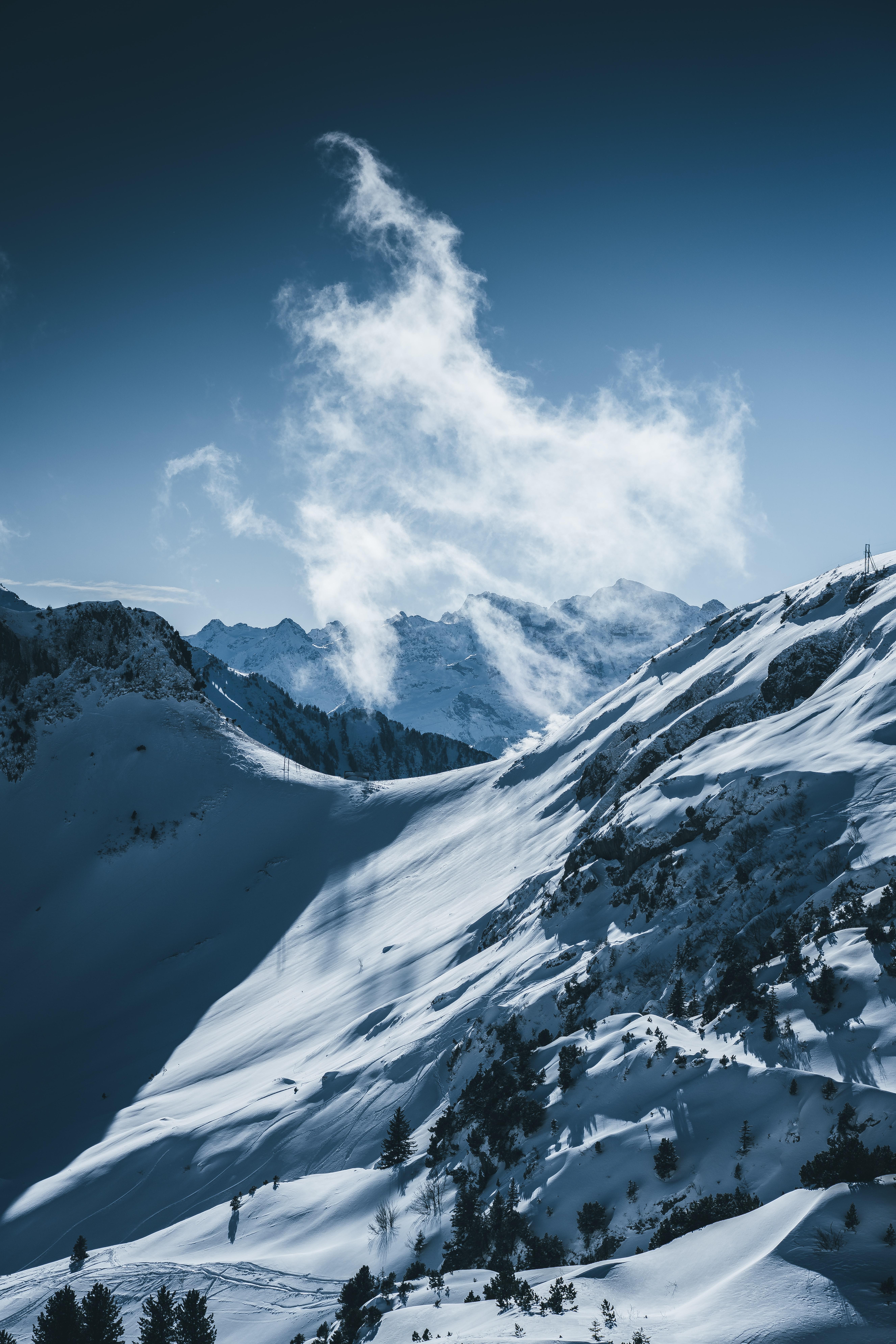 101100 免費下載壁紙 性质, 雪, 云, 云端, 冬天, 雪覆盖, 白雪覆盖, 山, 景观 屏保和圖片