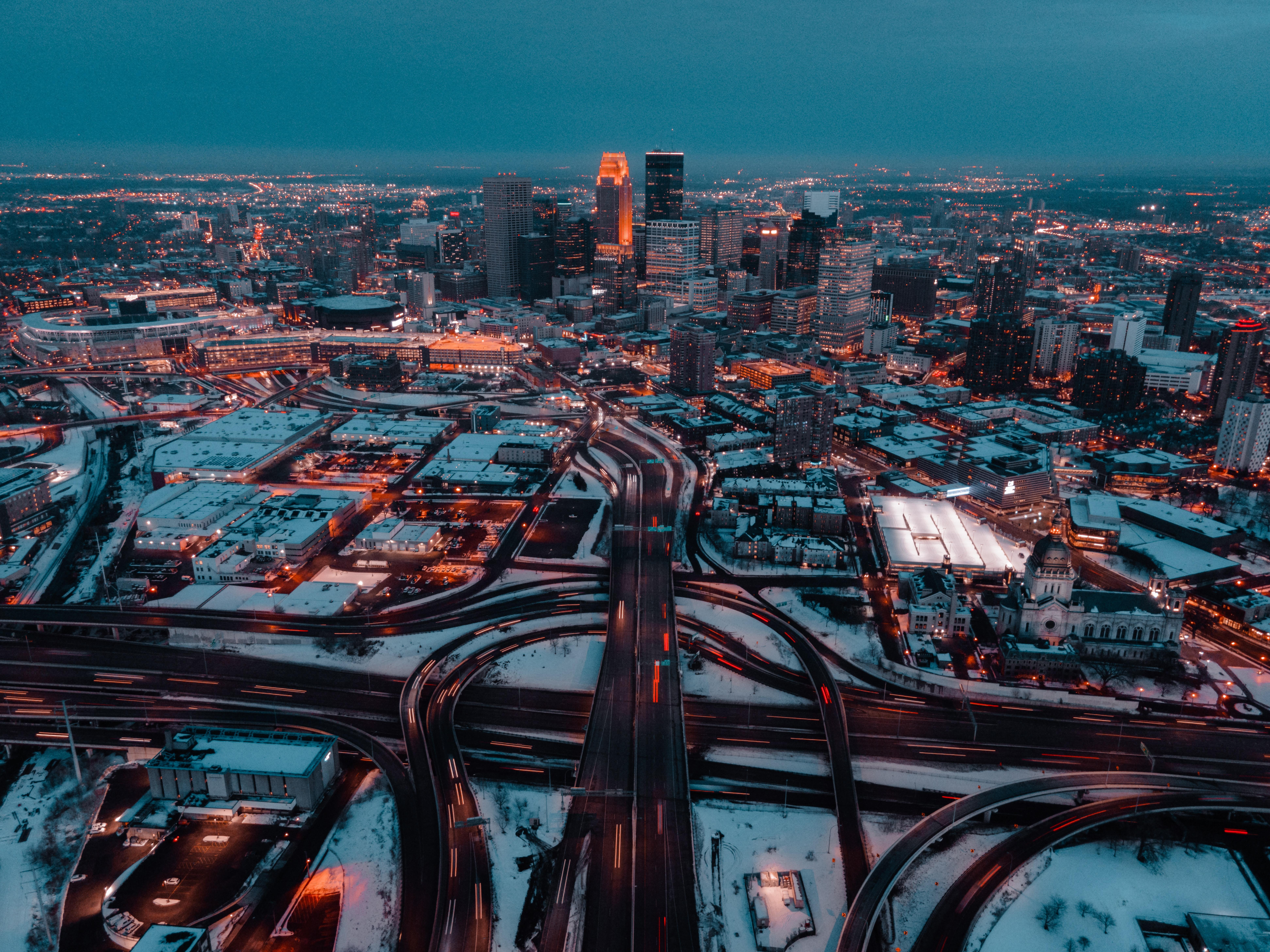 98616 скачать обои Города, Дороги, Снег, Город, Здания, Вид Сверху, Сумерки - заставки и картинки бесплатно