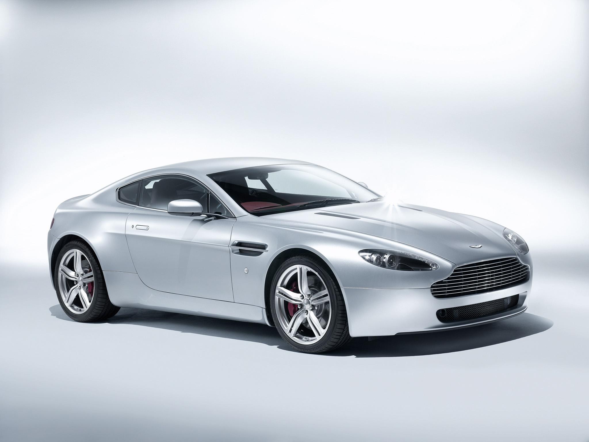 64086 скачать обои Тачки (Cars), Астон Мартин (Aston Martin), V8, Vantage, 2008, Белый, Вид Сбоку, Машины - заставки и картинки бесплатно