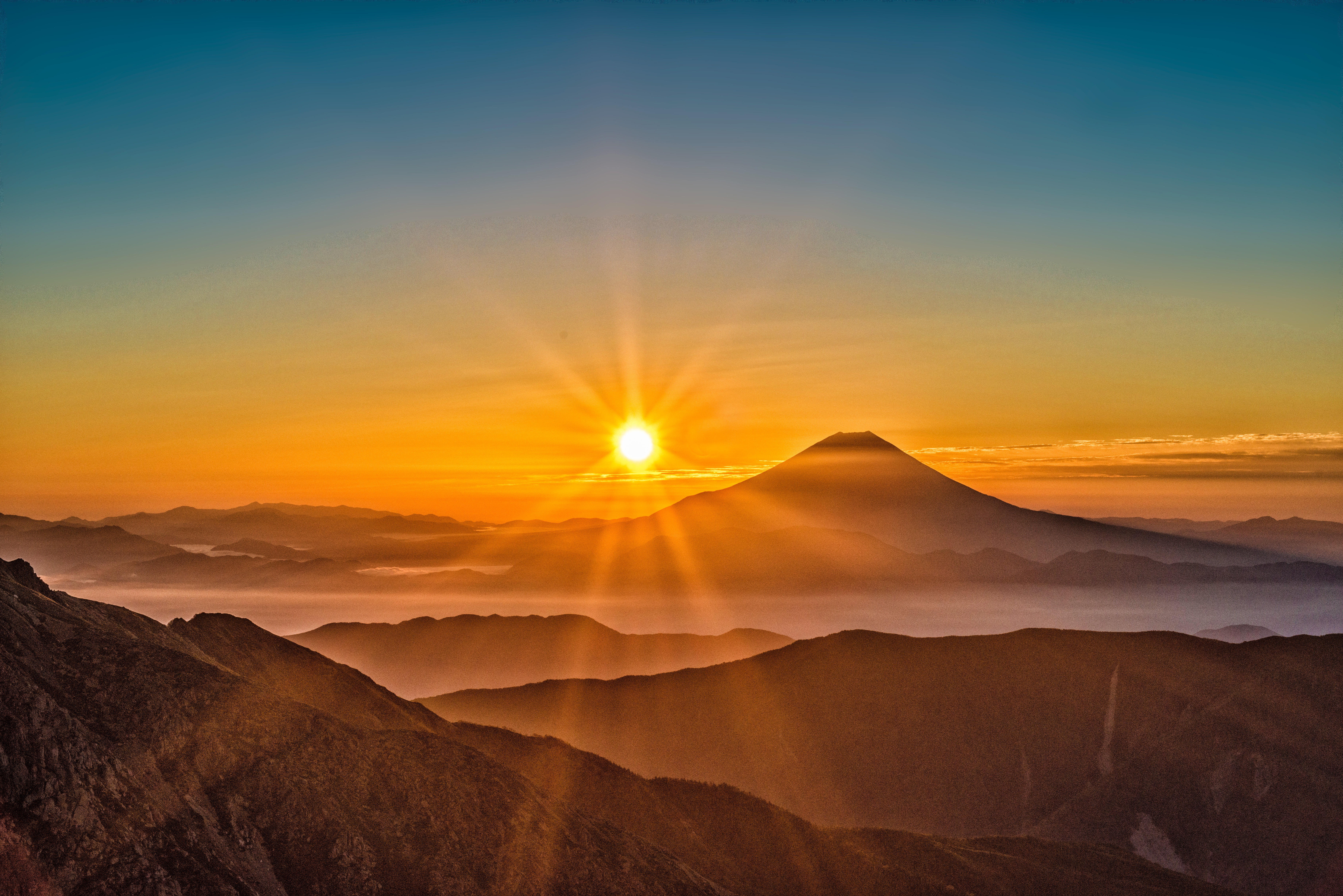 82567 download wallpaper Nature, Sun, Japan, Mount Fuji screensavers and pictures for free