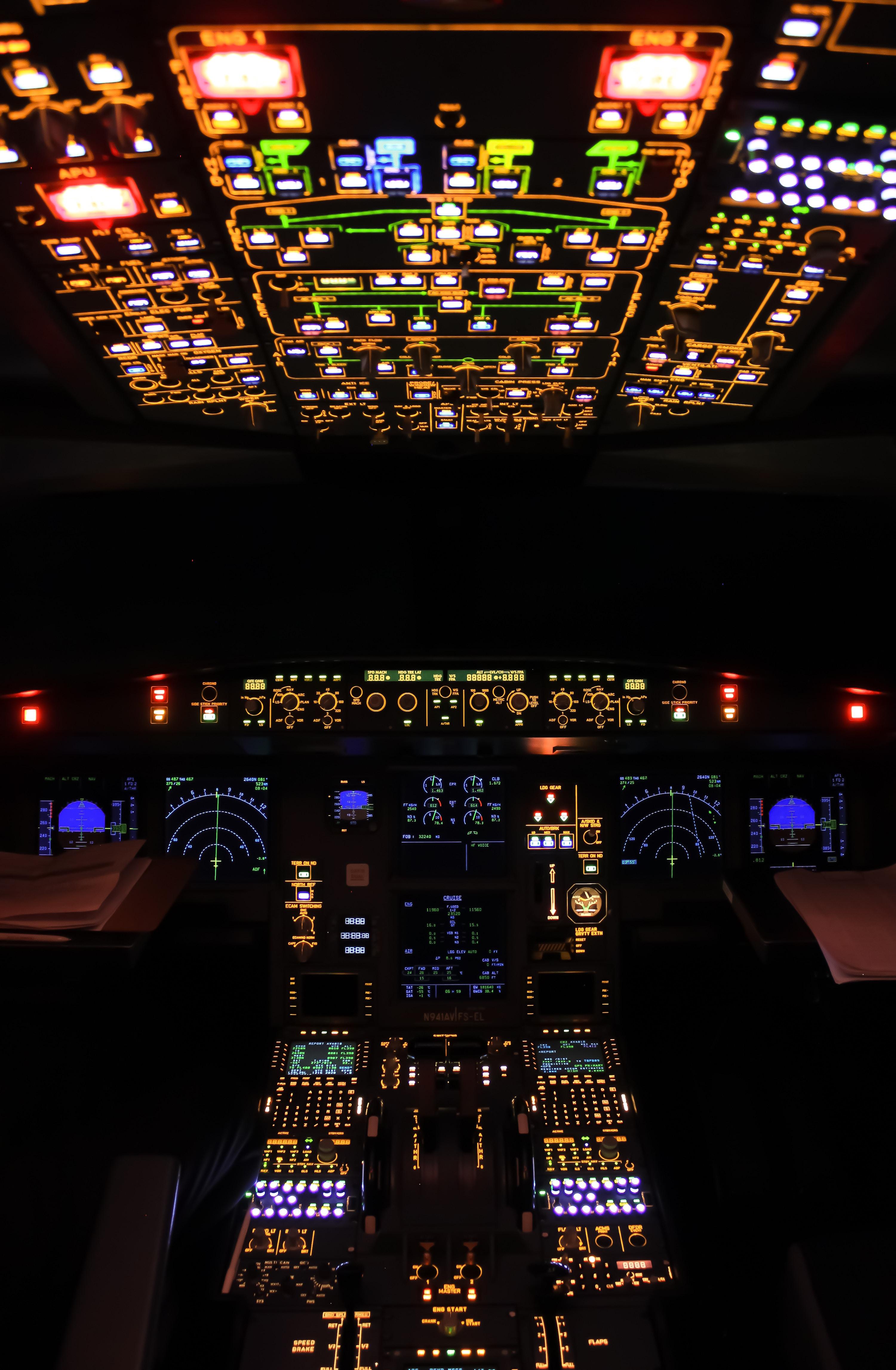 100088 Salvapantallas y fondos de pantalla Miscelánea en tu teléfono. Descarga imágenes de Miscelánea, Misceláneo, Avión, Panel De Control, Radares, Iluminar Desde El Fondo, Iluminación gratis