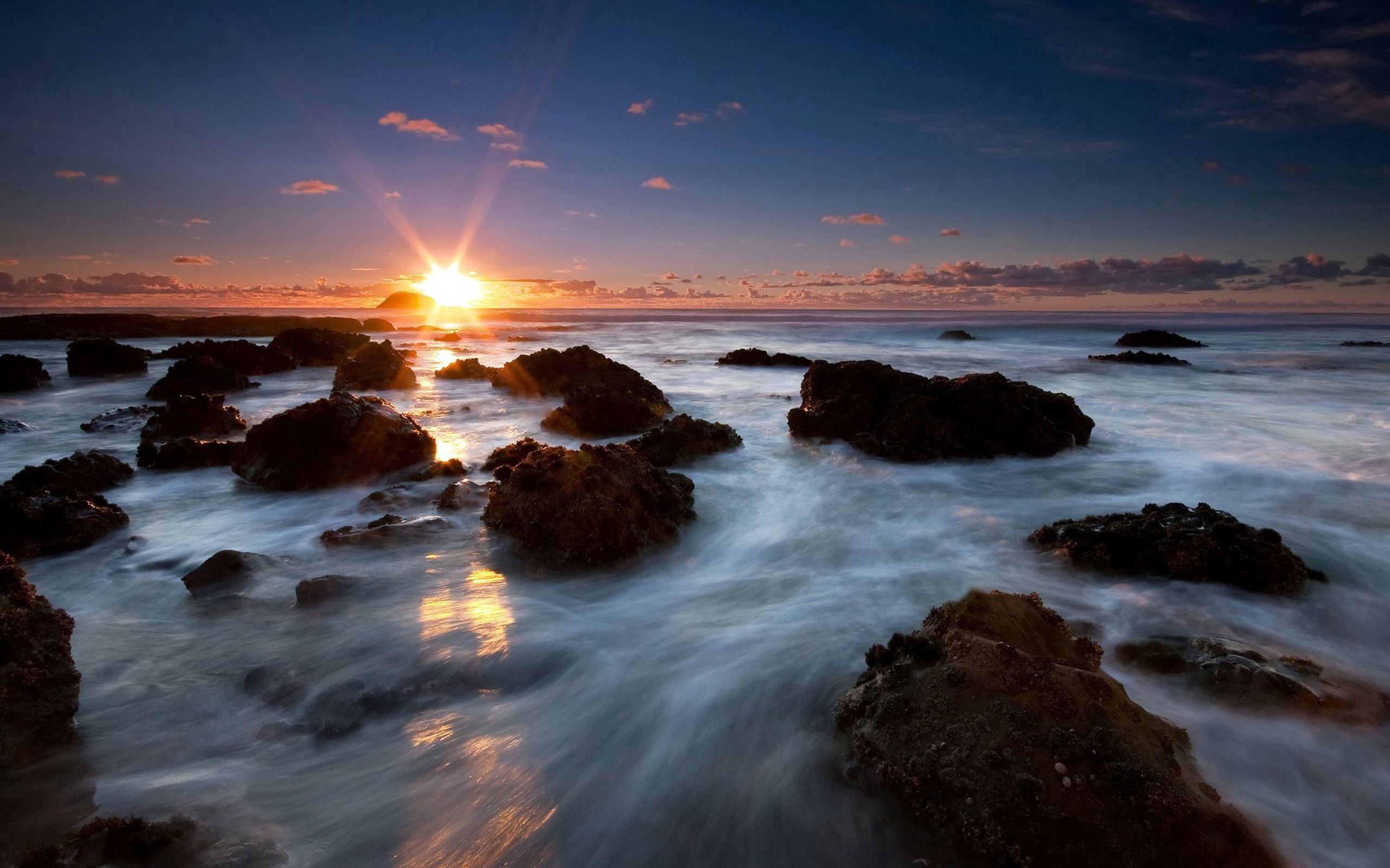 50548 download wallpaper Nature, Foam, Stones, Sea, Shine, Light screensavers and pictures for free