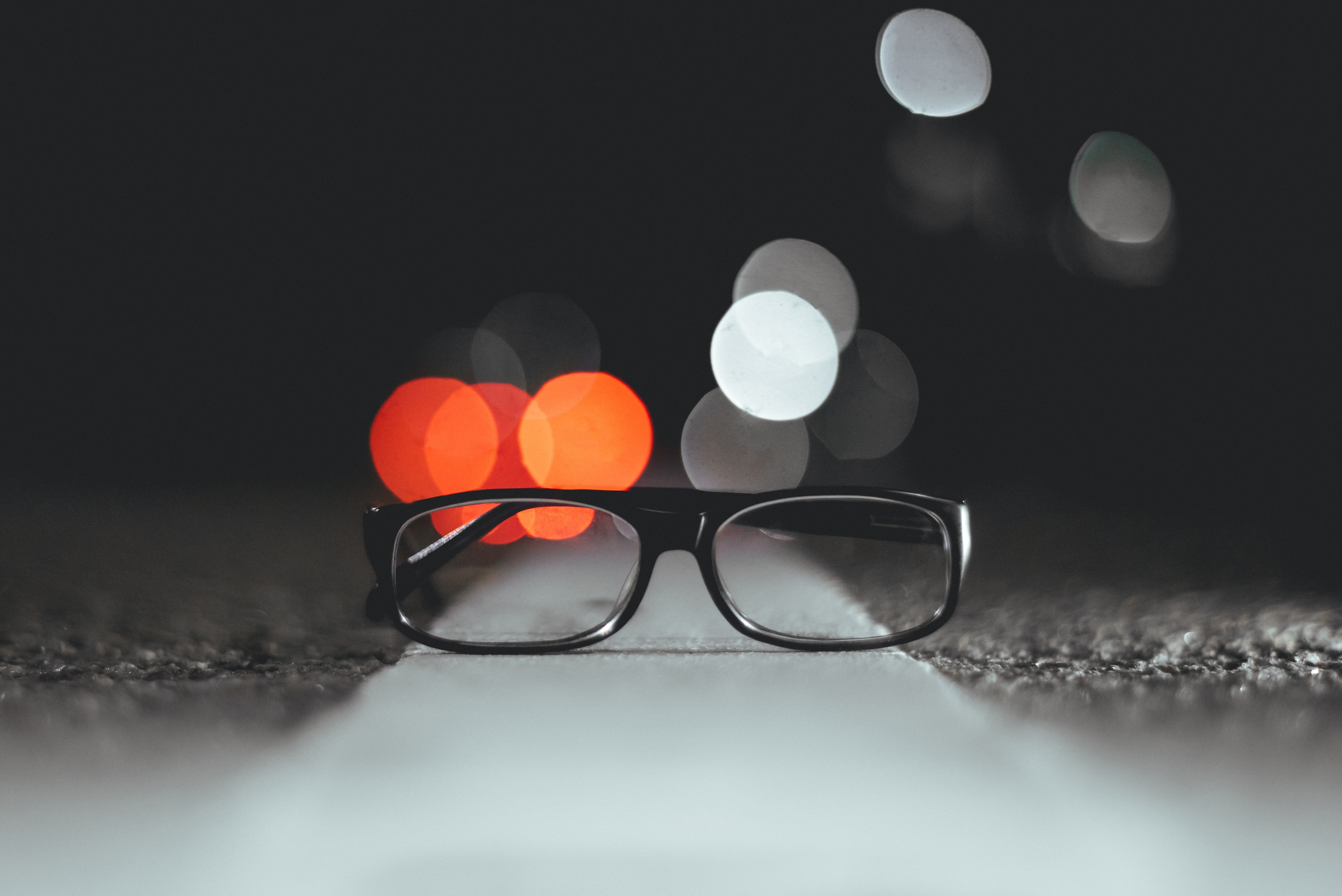 59107 download wallpaper Miscellanea, Miscellaneous, Glasses, Spectacles, Glare, Shine, Light screensavers and pictures for free