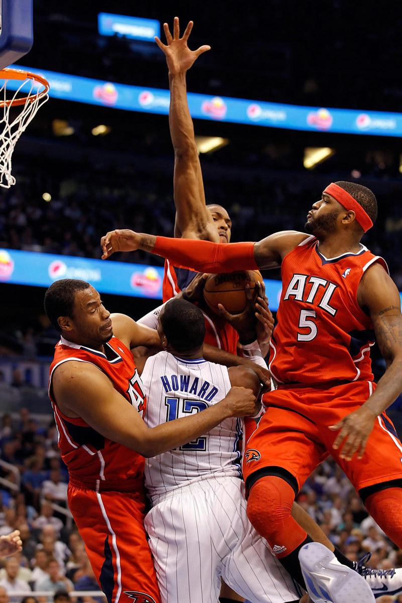 Скачать картинку Мужчины, Баскетбол, Люди, Спорт в телефон бесплатно.