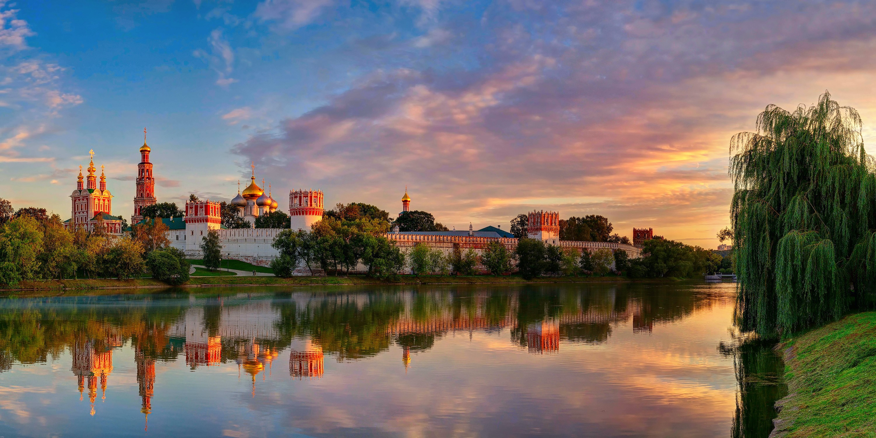72555 Screensavers and Wallpapers Summer for phone. Download Cities, Summer, Moskow, Novodevichy Virgin-Smolensk Monastery, Novodevichy Our Lady-Smolensk Monastery pictures for free