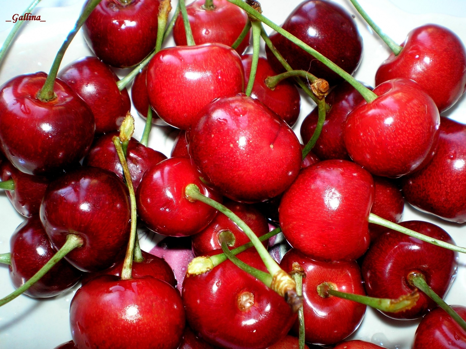 112 download wallpaper Fruits, Sweet Cherry, Food, Berries screensavers and pictures for free