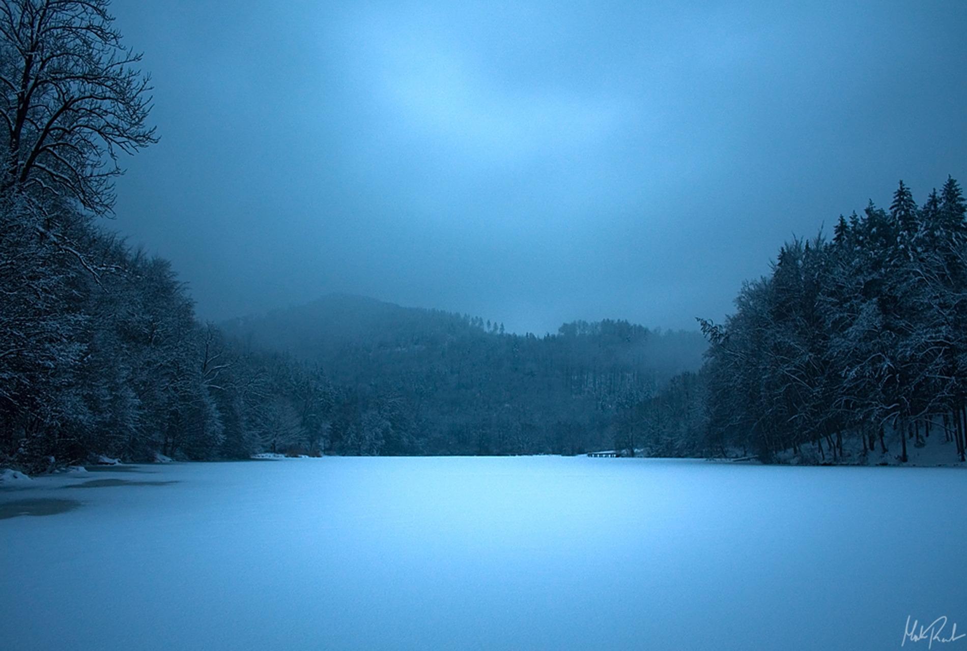 74015 Заставки и Обои Лед на телефон. Скачать Лед, Природа, Ночь, Озеро, Поверхность, Голубой, Замерзшее картинки бесплатно