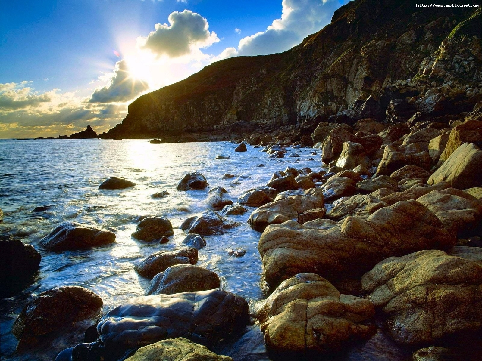 1571 download wallpaper Landscape, Stones, Mountains, Sea, Sun screensavers and pictures for free