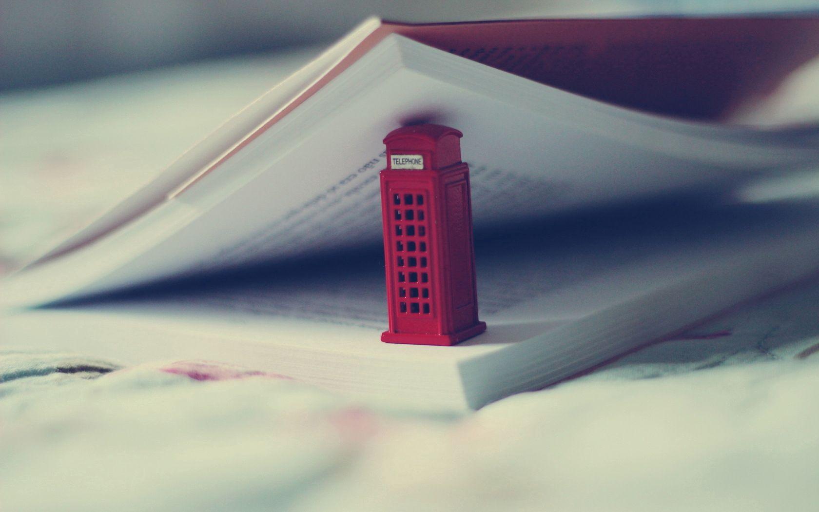 123131 скачать обои Разное, Игрушка, Телефонная Будка, Книга - заставки и картинки бесплатно