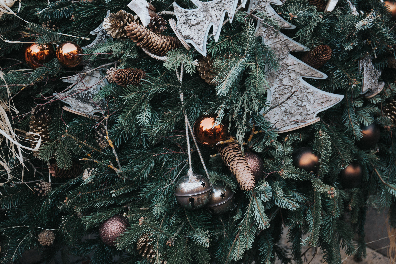 69429 Salvapantallas y fondos de pantalla Año Nuevo en tu teléfono. Descarga imágenes de Vacaciones, Navidad, Año Nuevo, Decoraciones De Navidad, Decoraciones Navideñas, Cones gratis